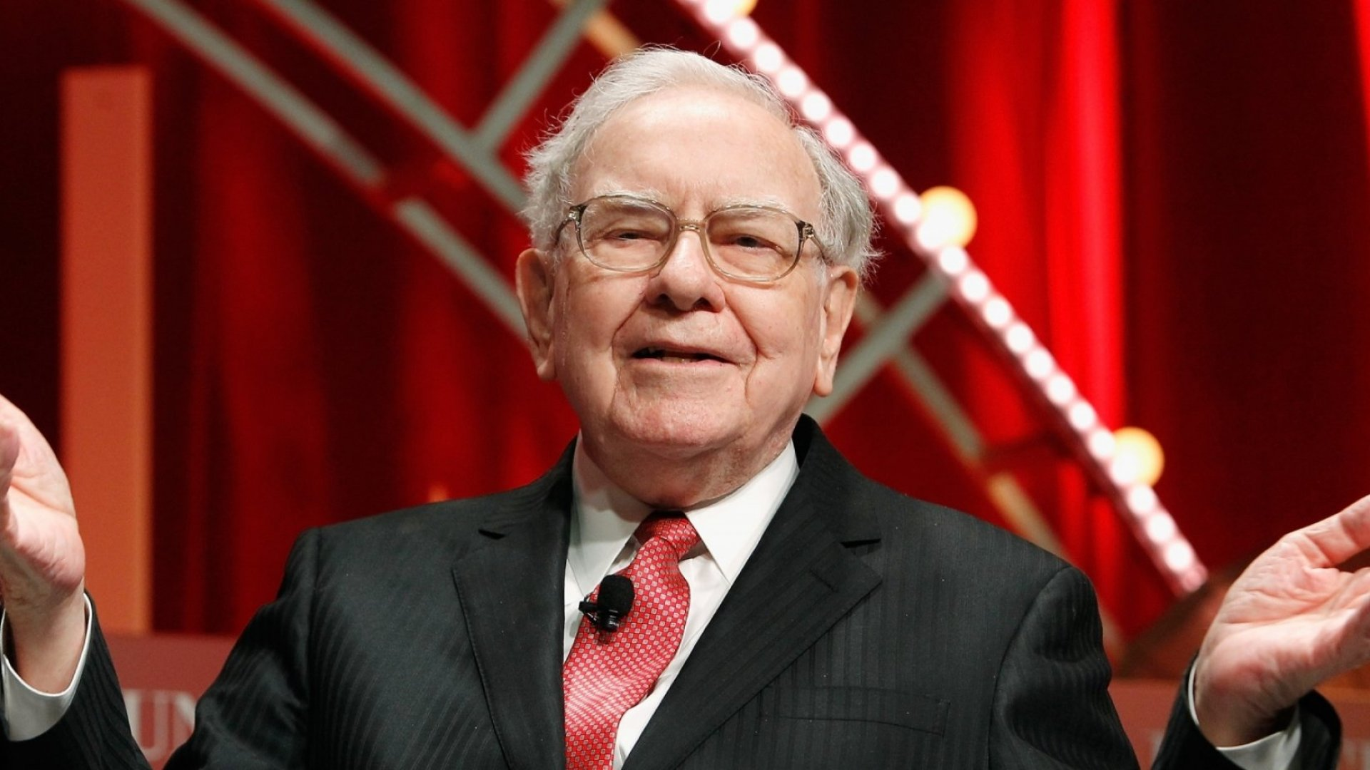 4 Reasons You Should Use Warren Buffett's Method for Making Better Decisions