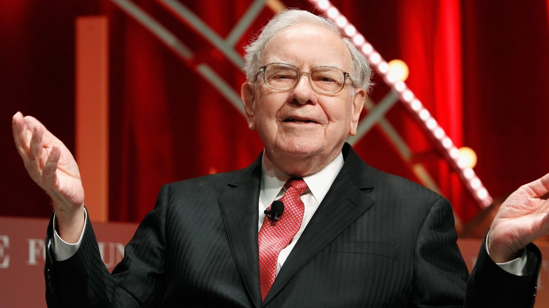 9 Things Warren Buffett Says You Should Do to Be Happy and Successful