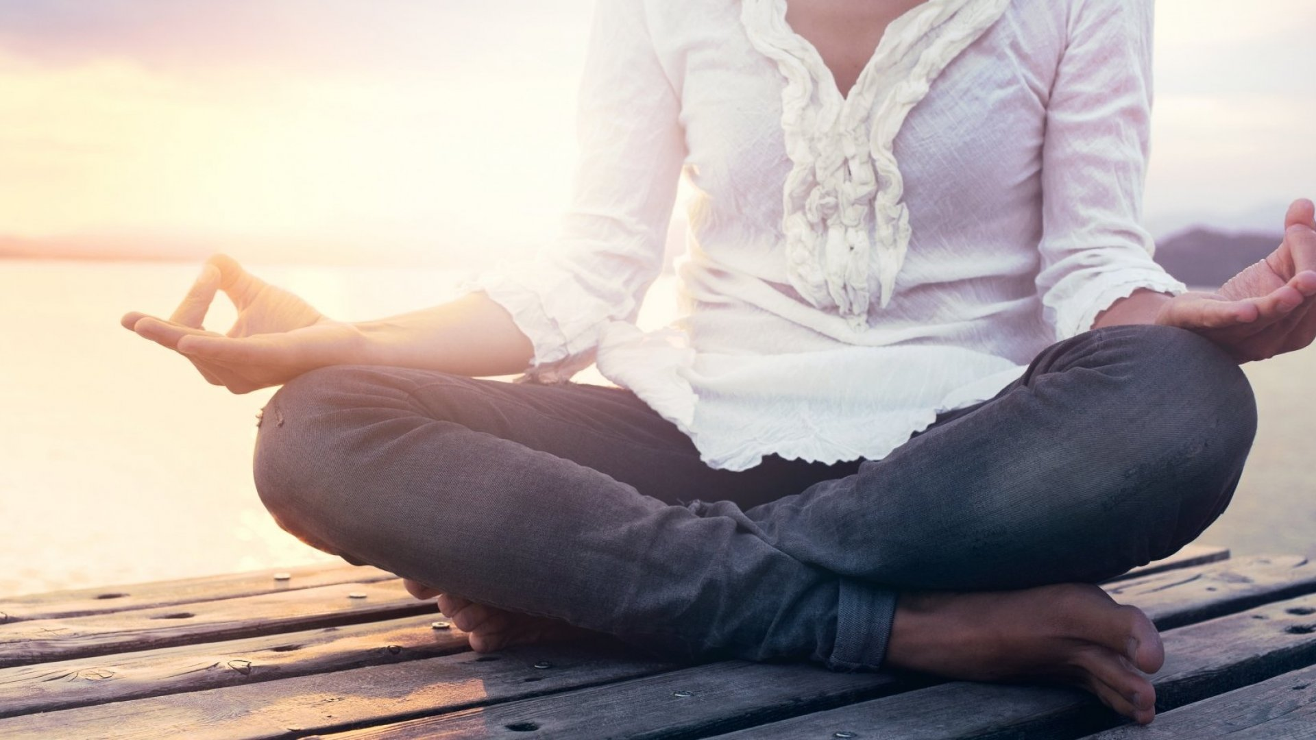 These 2 Daily Habits Will Bring You Well-Deserved Mental Peace