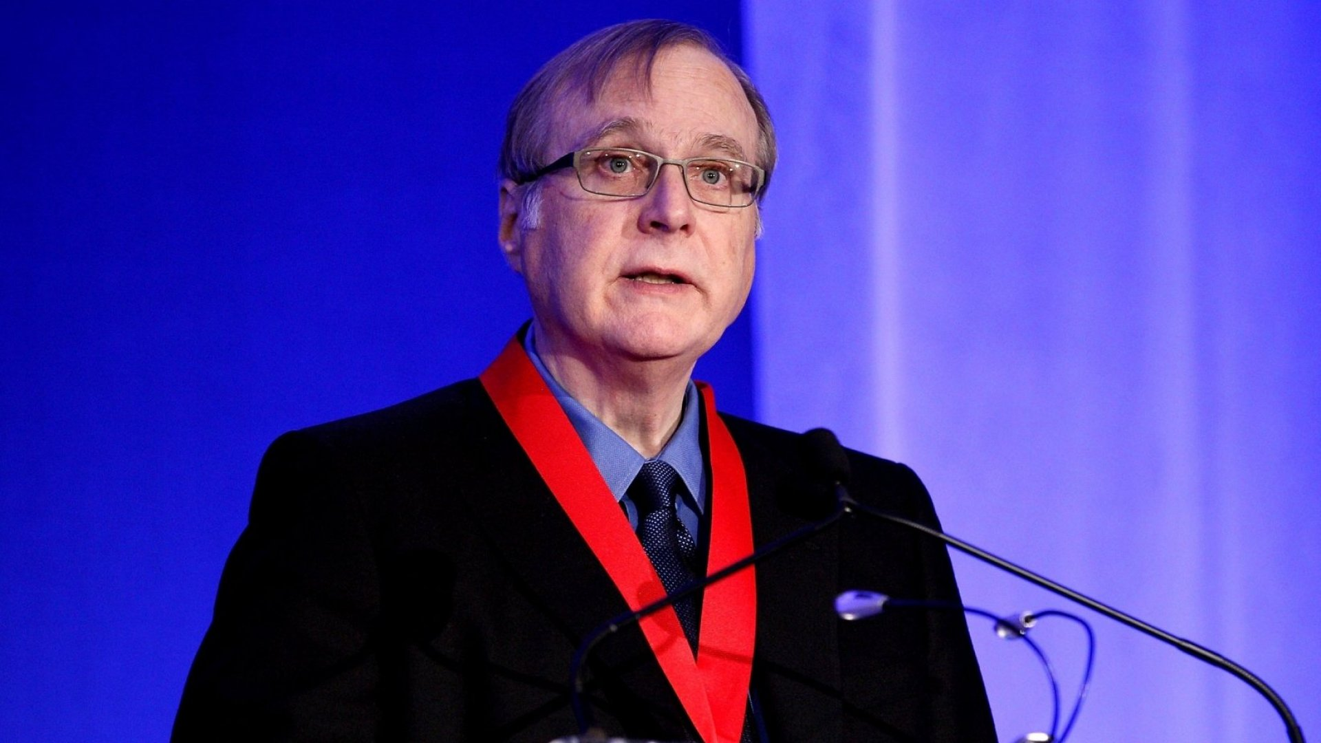 In 1 Sentence, Microsoft Co-Founder Paul Allen Shared a Simple Rule for Lifelong Happiness