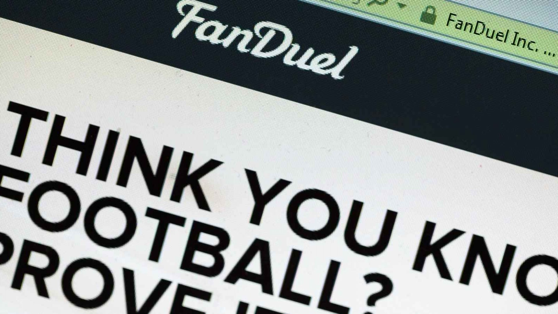 Hawaii Lawmakers Introduce Bill to Make FanDuel and Other Daily Fantasy Sports Sites Legal