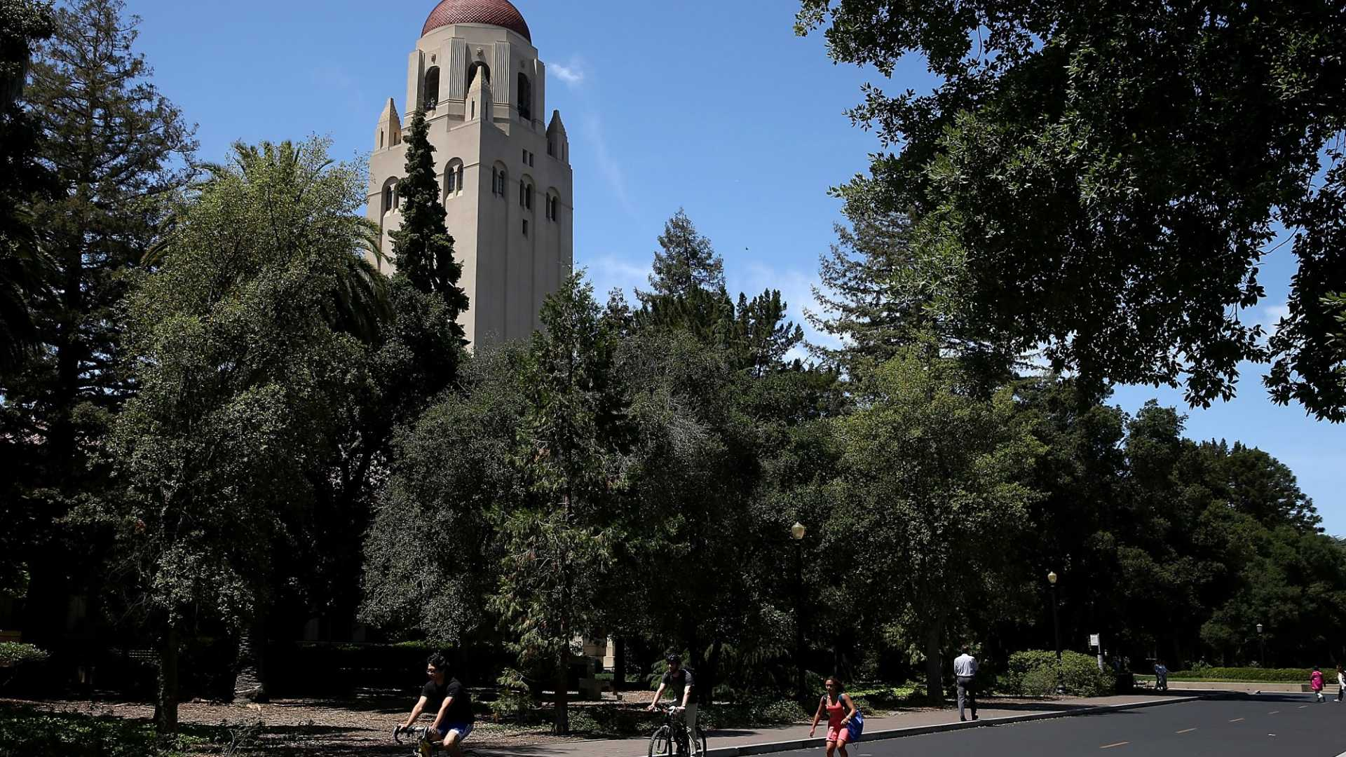 95 Percent of Stanford MBAs Have Taken This Leadership Course. Now You Can Too