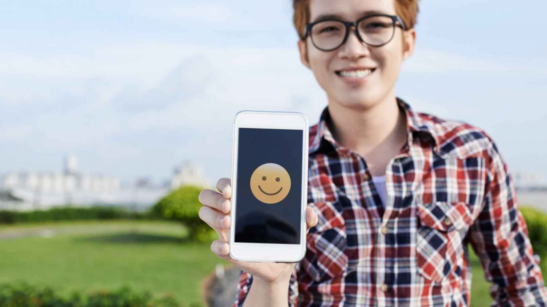 Could Emojis Be the Future of International Communication?