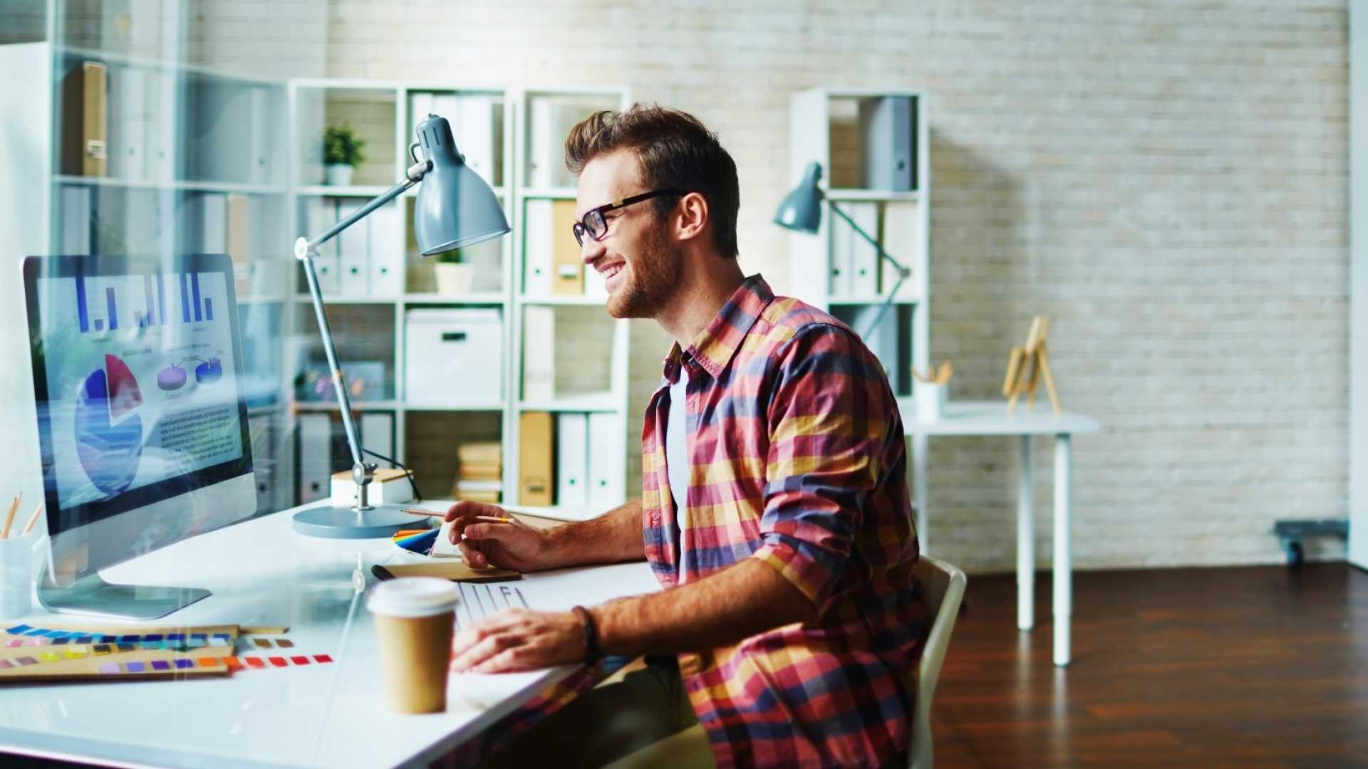 Want to Be More Productive? These 6 Simple Workspace Changes Will Boost Your Focus