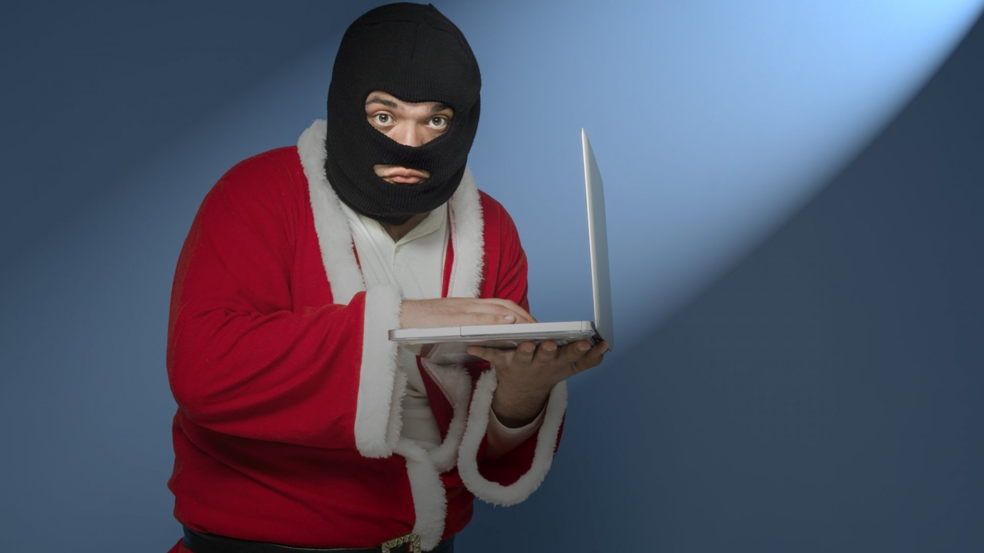 14 Dangerous Holiday Shopping Scams to Avoid
