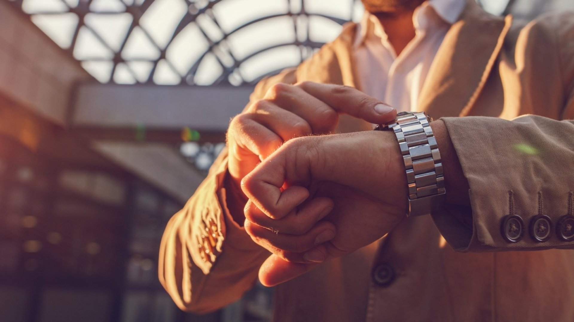 4 Simple Mistakes That Can Ruin a First Impression