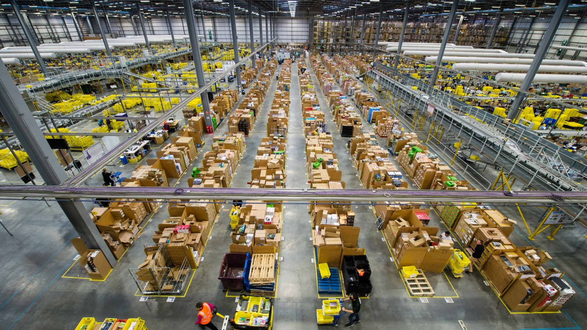 U.S. Cities Courting Amazon Risk Losing Out on Other Deals