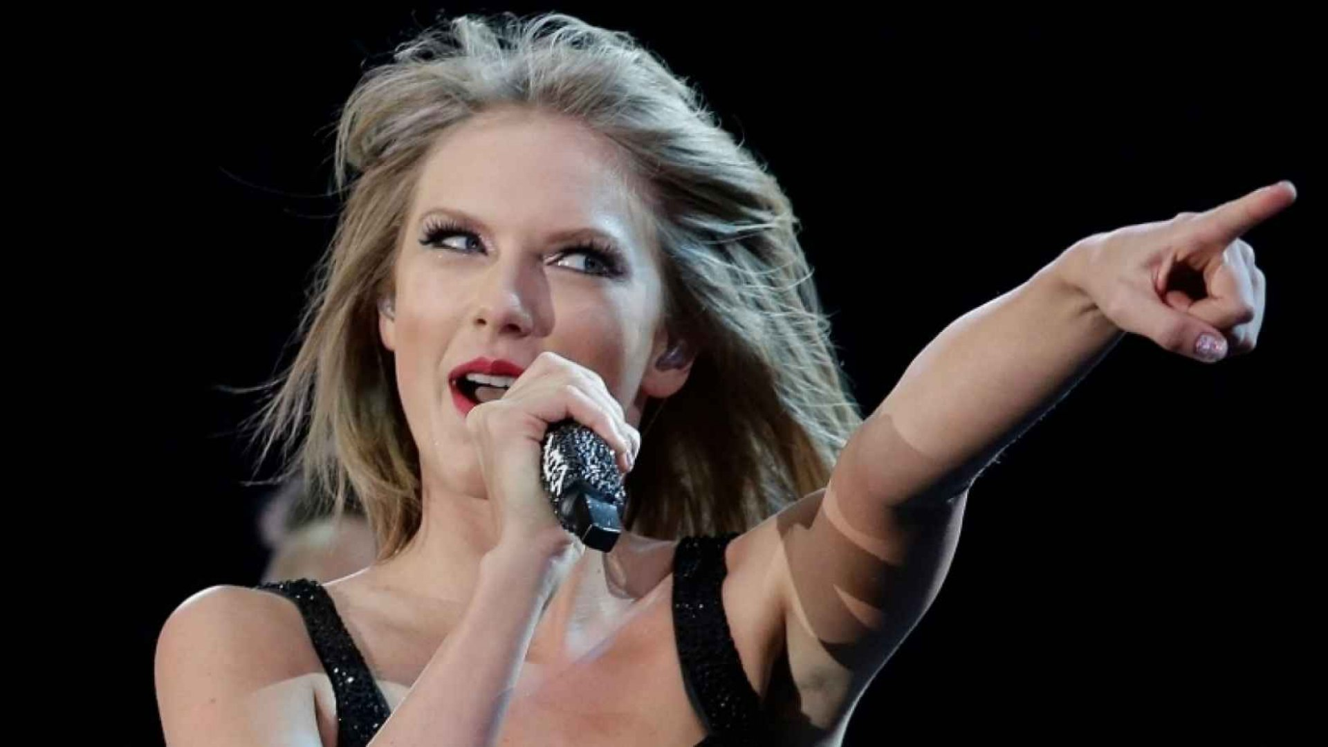 3 Personal Branding Lessons From Taylor Swift, Adele, and Other Musicians
