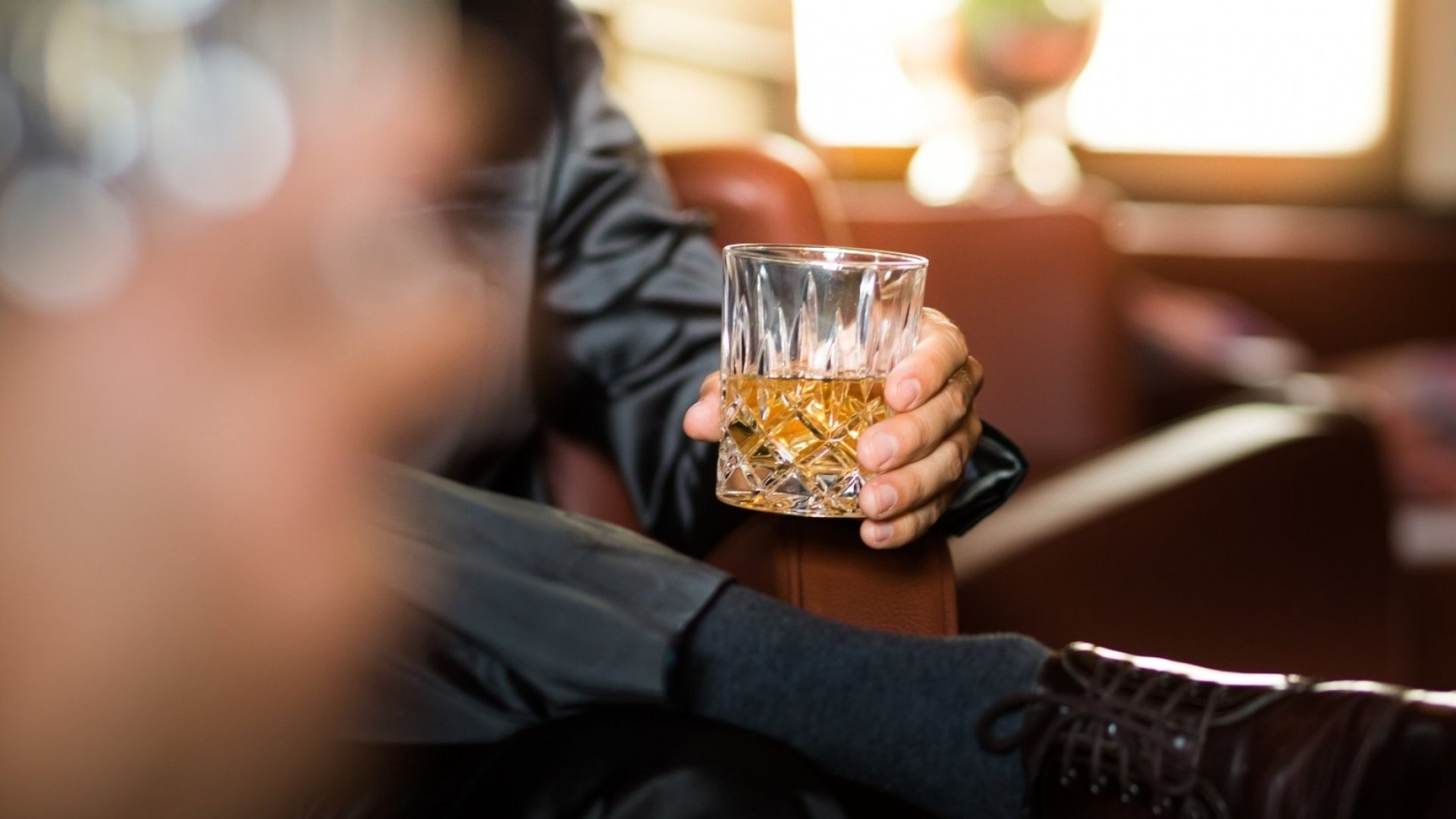 How to Lead a Successful Business Meeting Over Drinks