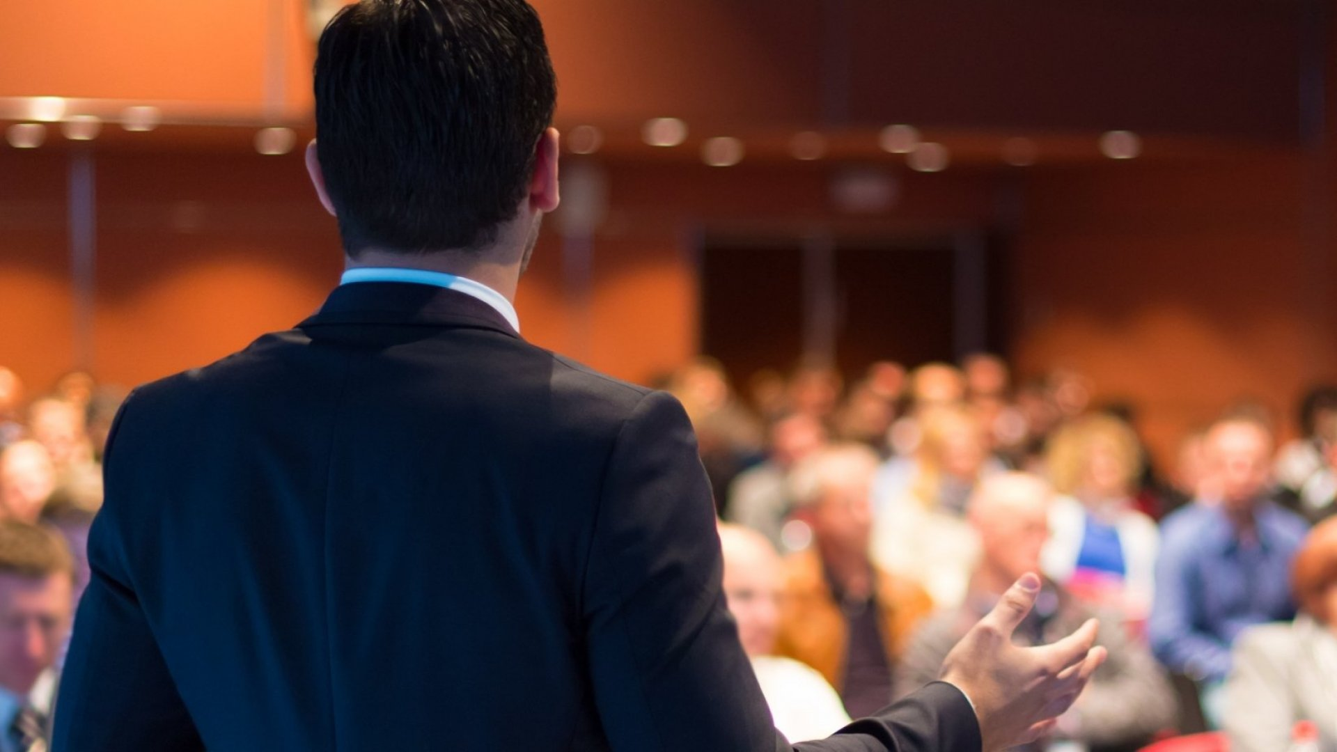 The Ultimate Checklist to Give an Outstanding Presentation
