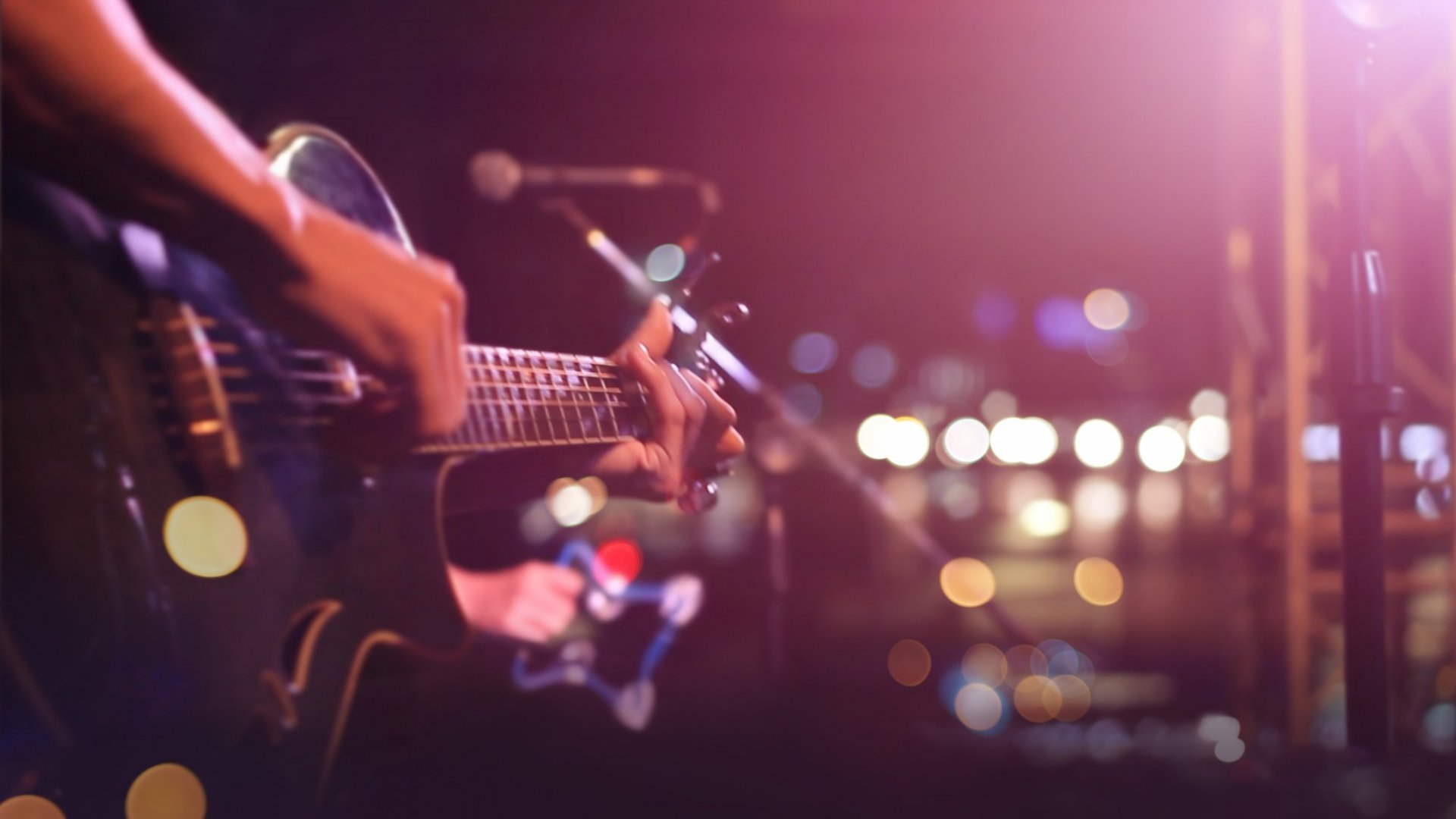 Want Consistent Gigs? Listen To This Entrepreneurial Musician