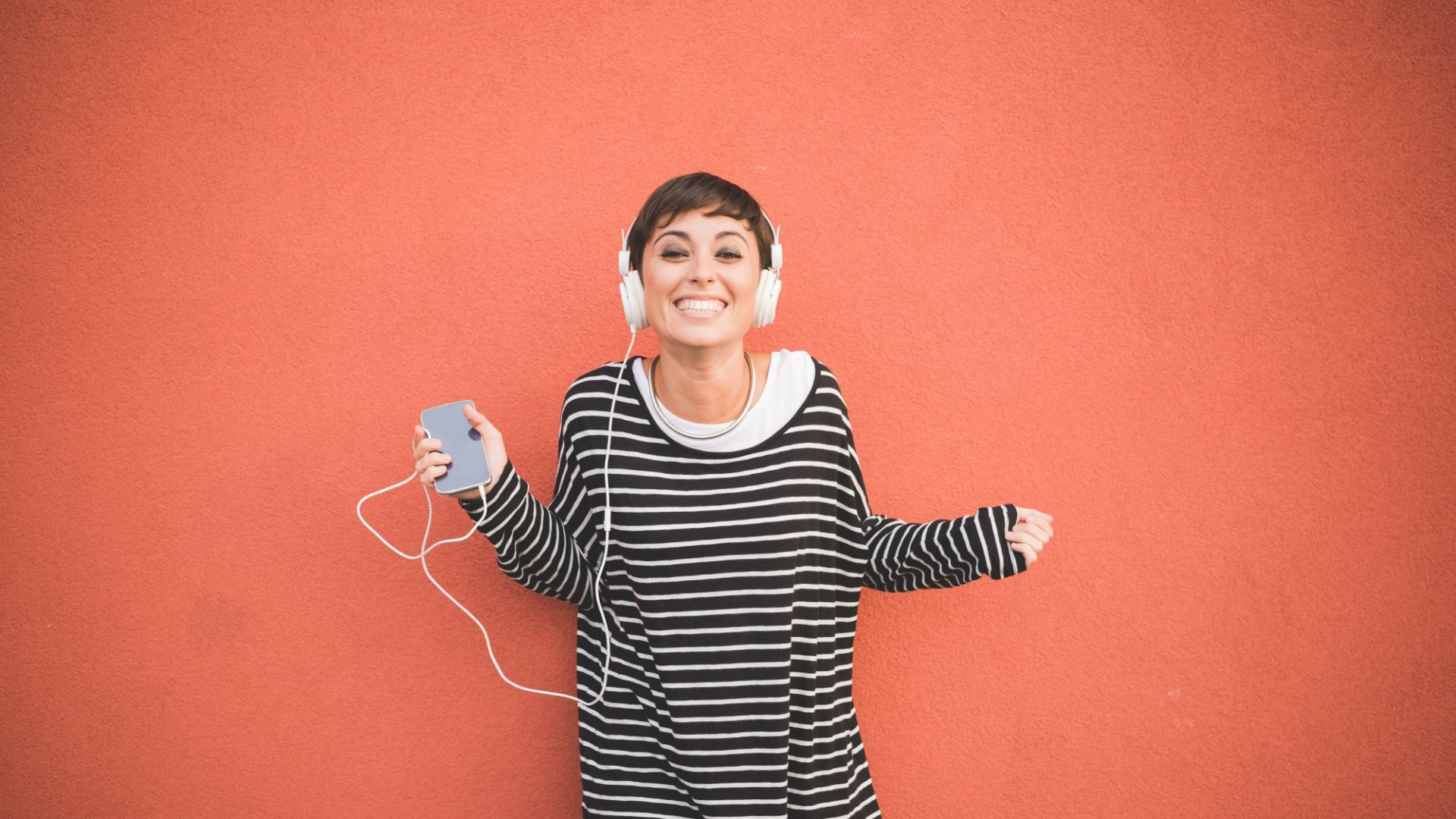 14 Podcasts That Will Make You a More Successful Entrepreneur