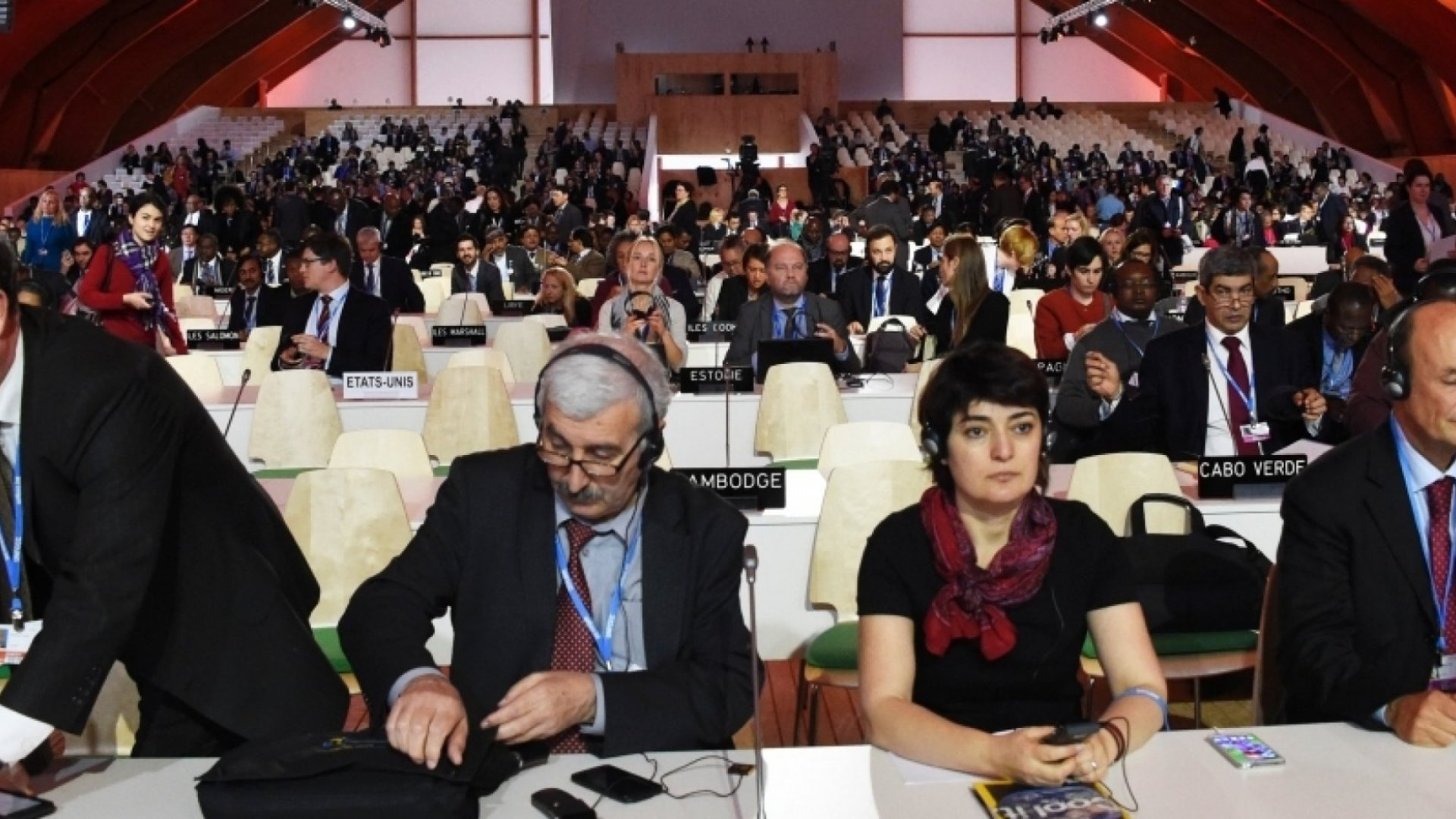The Simple Negotiation Tactic That Got 195 Countries to Agree at the Paris Climate Talks
