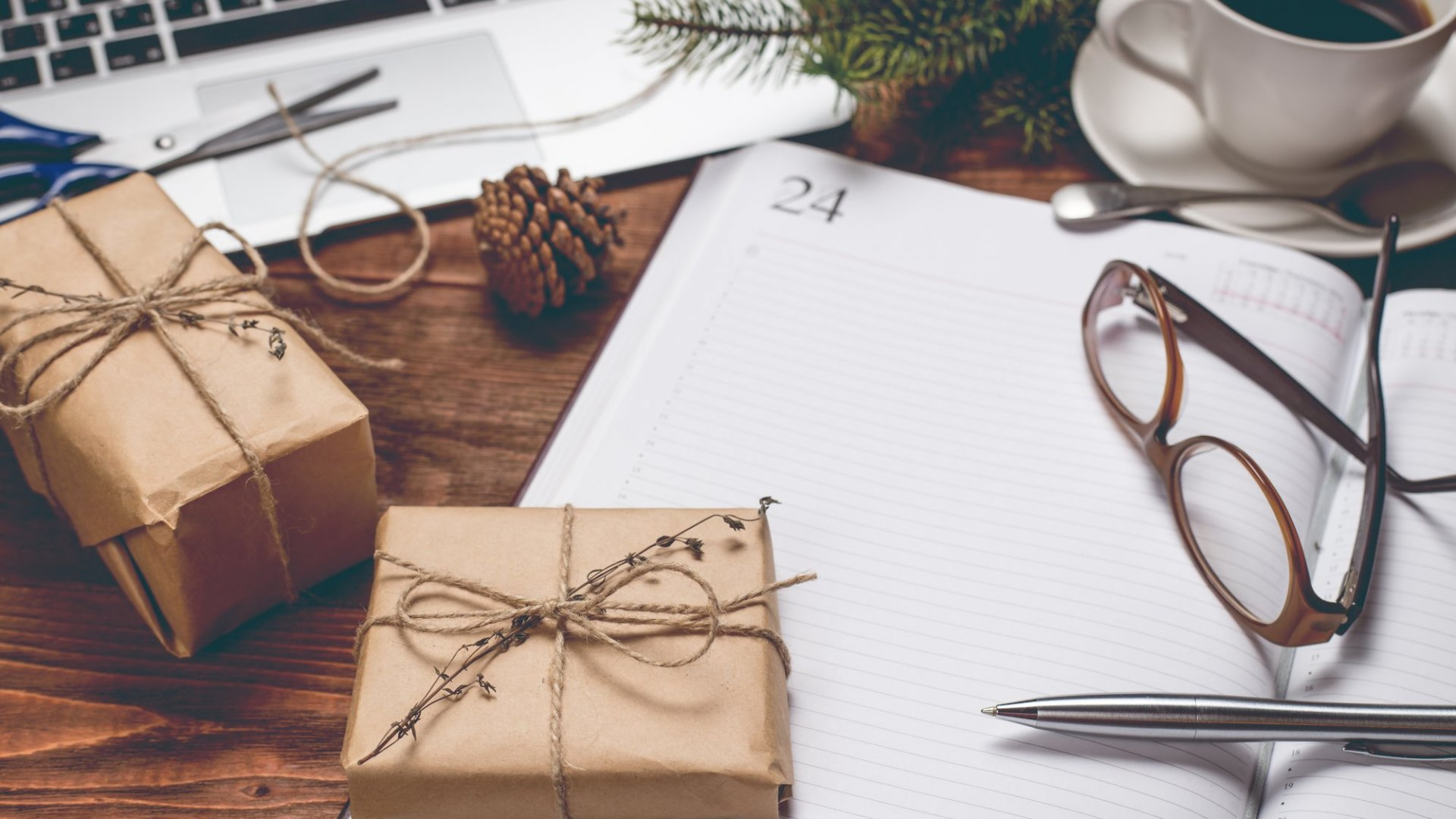 9 Inspired Gift Ideas for the Entrepreneur In Your Life