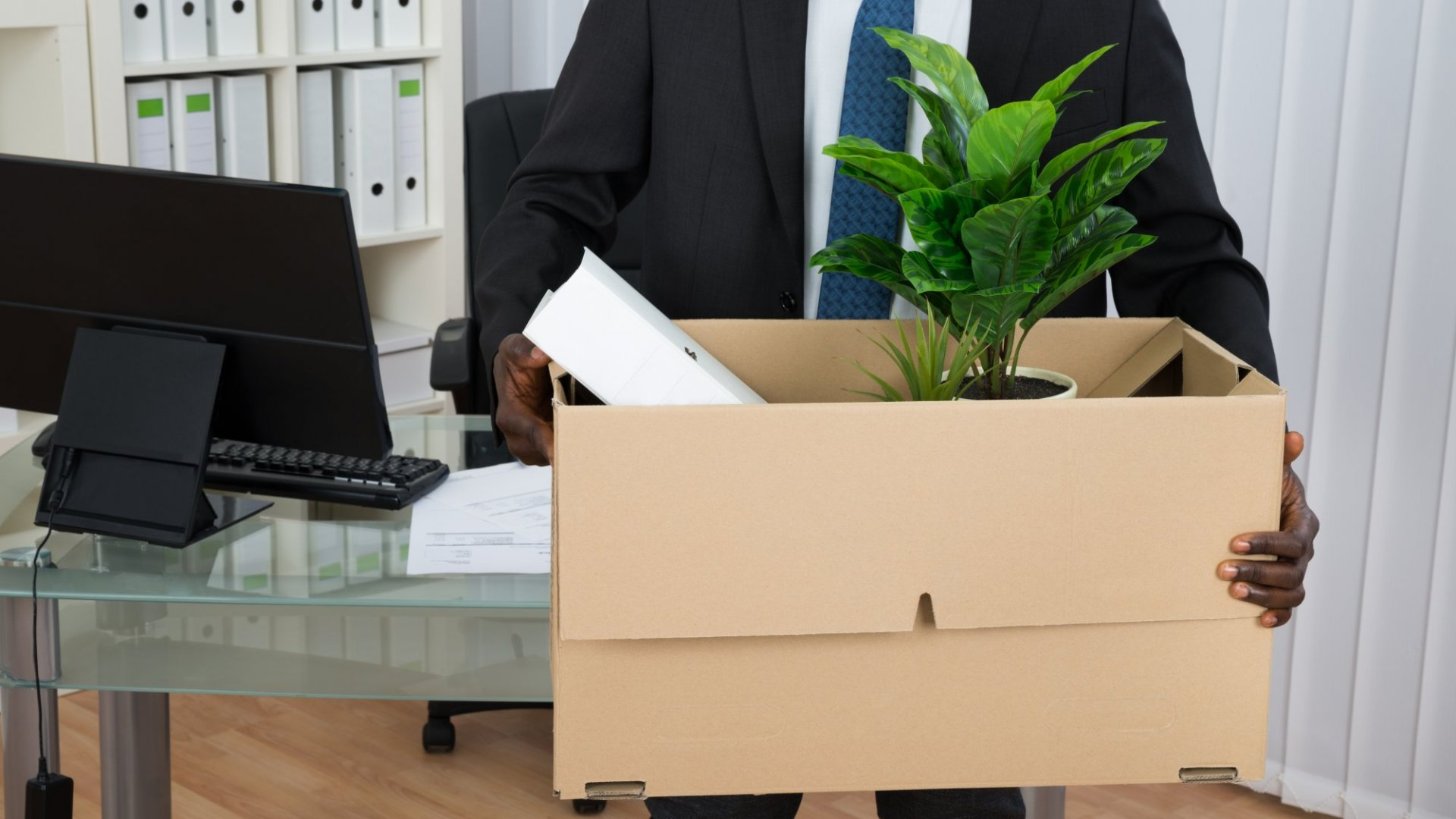 4 Tips to Stop the Revolving Door of Employee Turnover