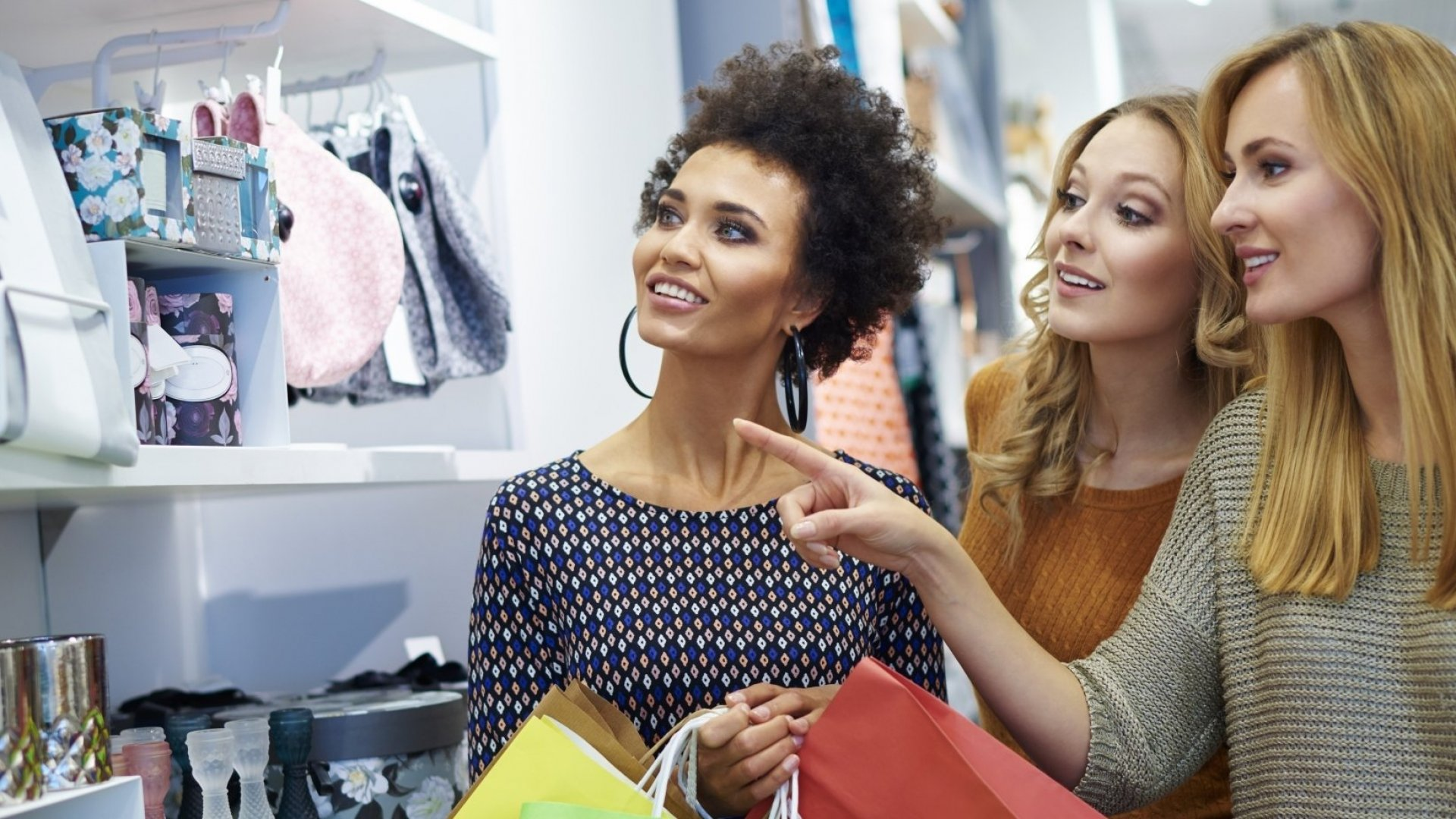 The Psychological Triggers That Will Make Consumers Buy