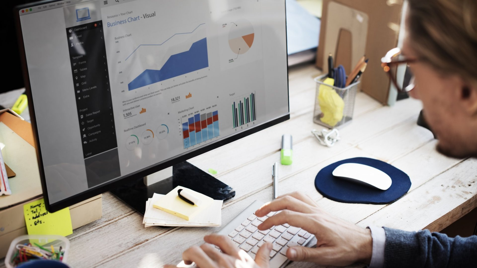 4 Ways To Build A Data Infrastructure To Inform Business Decisions