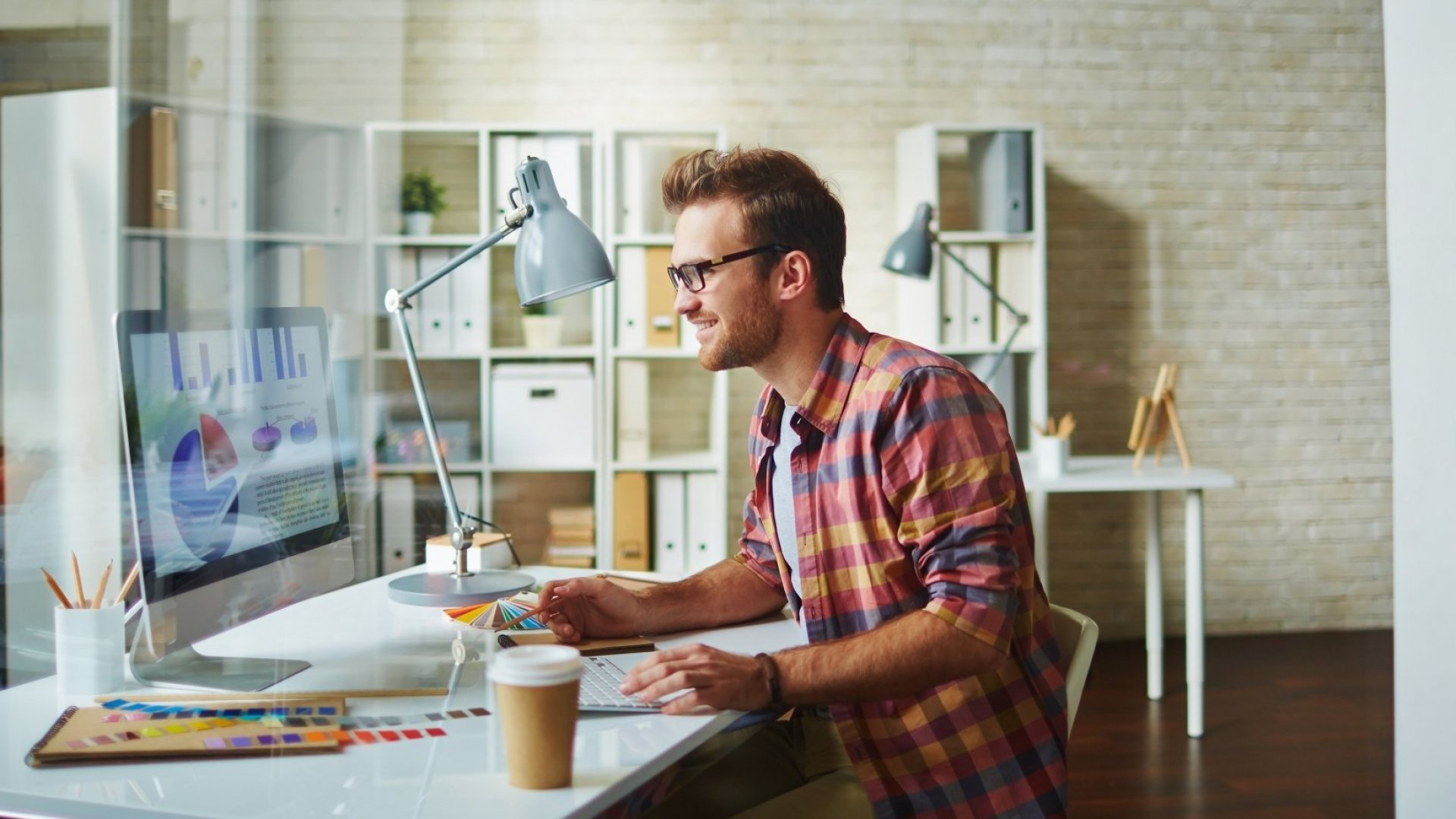 5 Ways to Make Your Side Hustle Your Main Gig