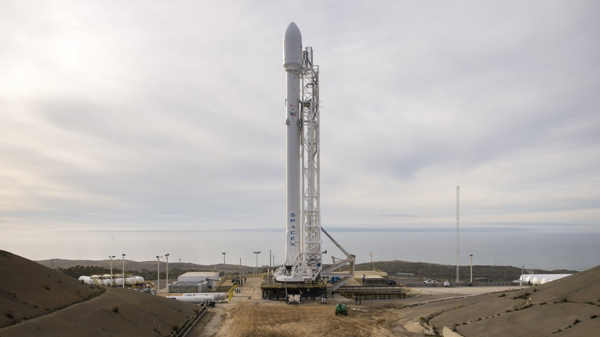 A SpaceX Falcon 9 will launch with NASA's ocean-studying vehicle. Or not.