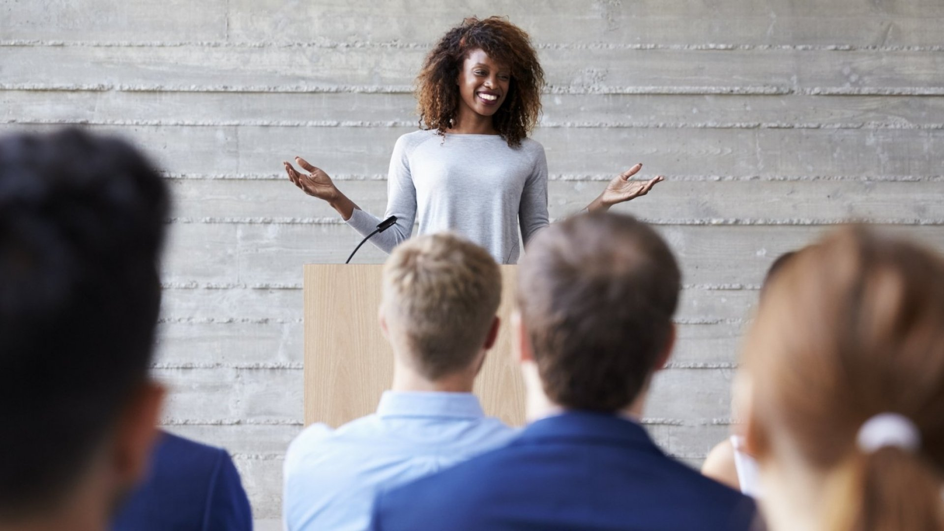 The 8 Key Attributes You Need to Give a Stunning Speech | Inc.com