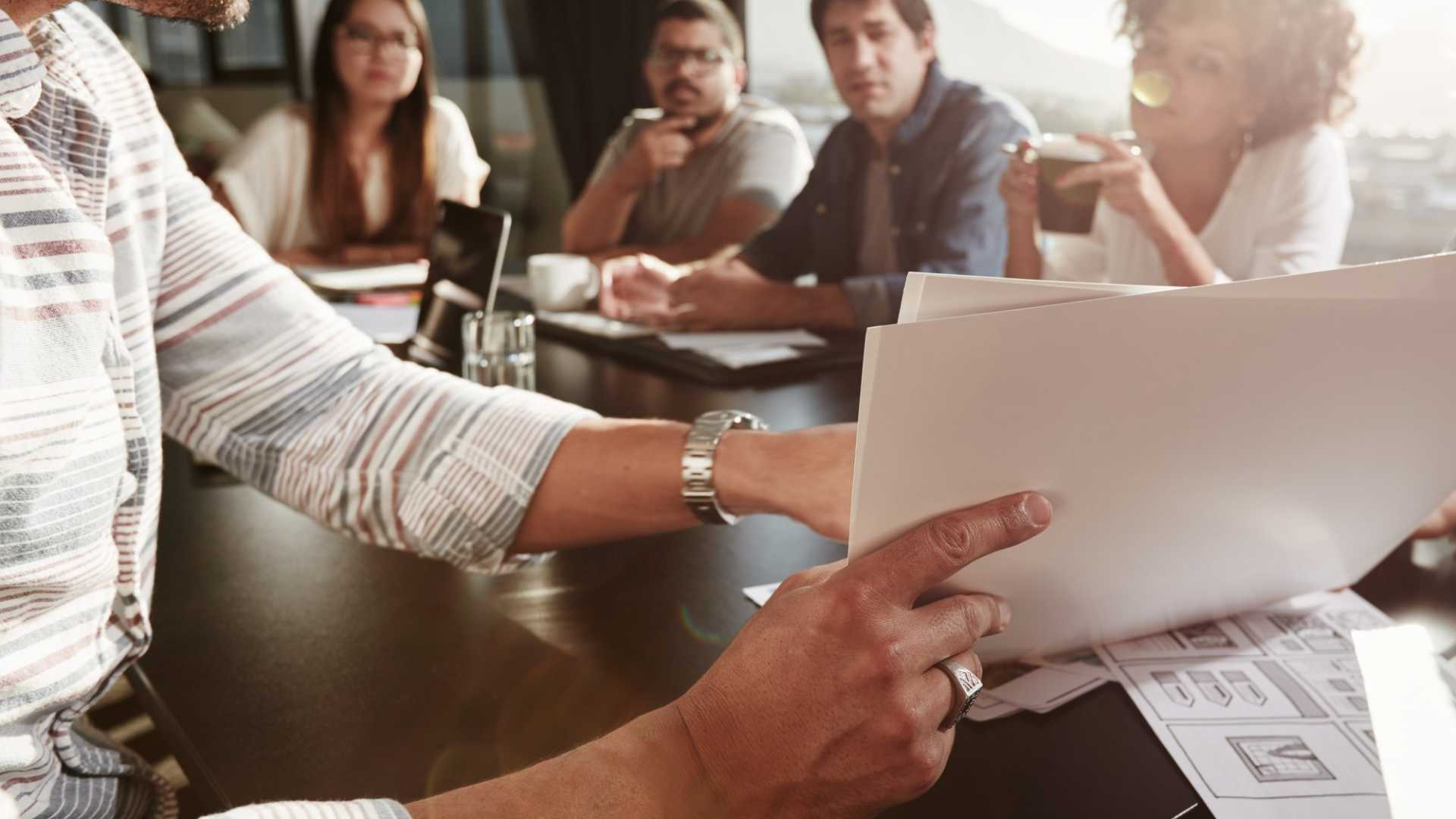 How to Run Meetings That Actually Help Your Company