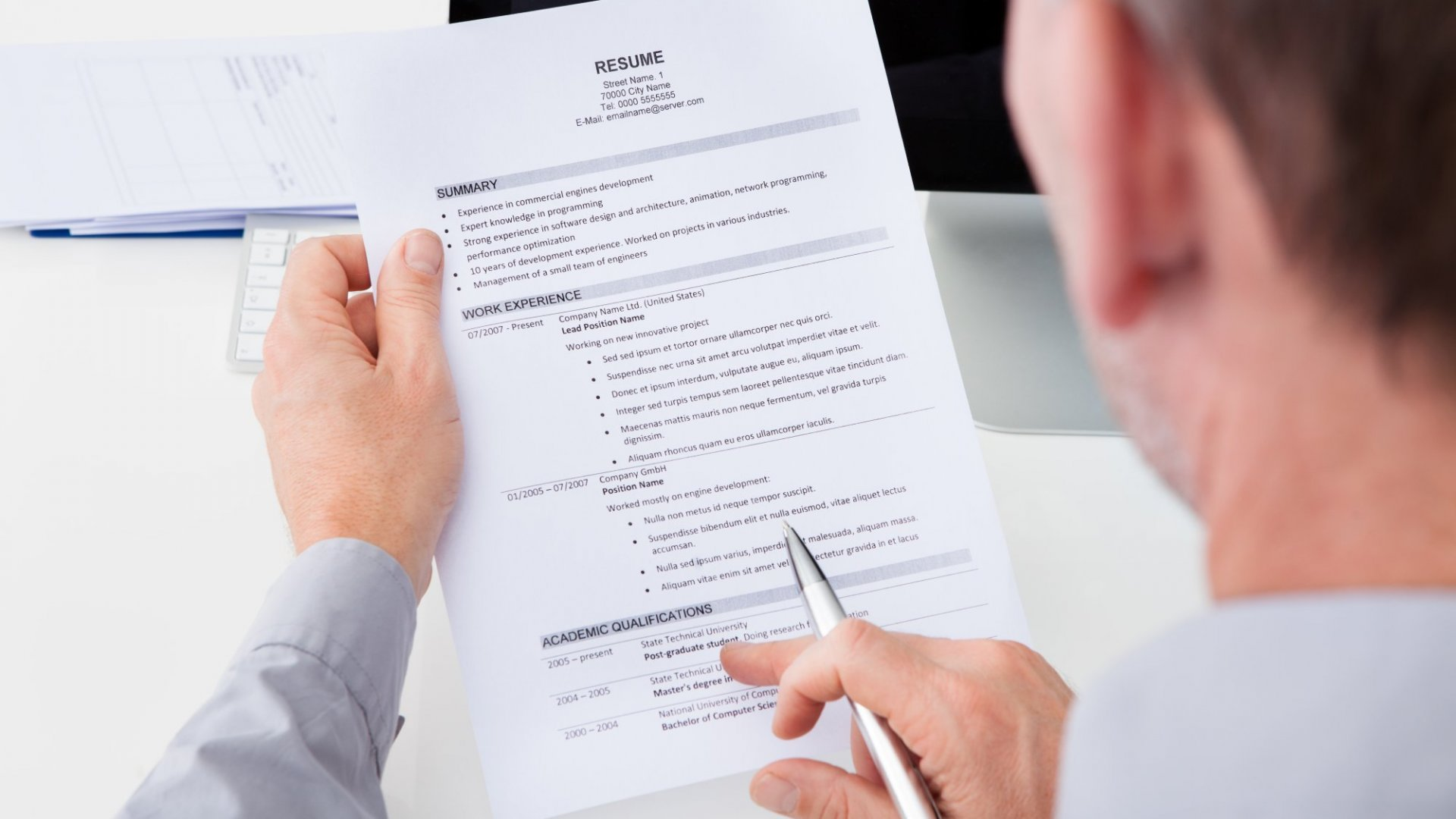 9 Must-Haves of a Successful Resume