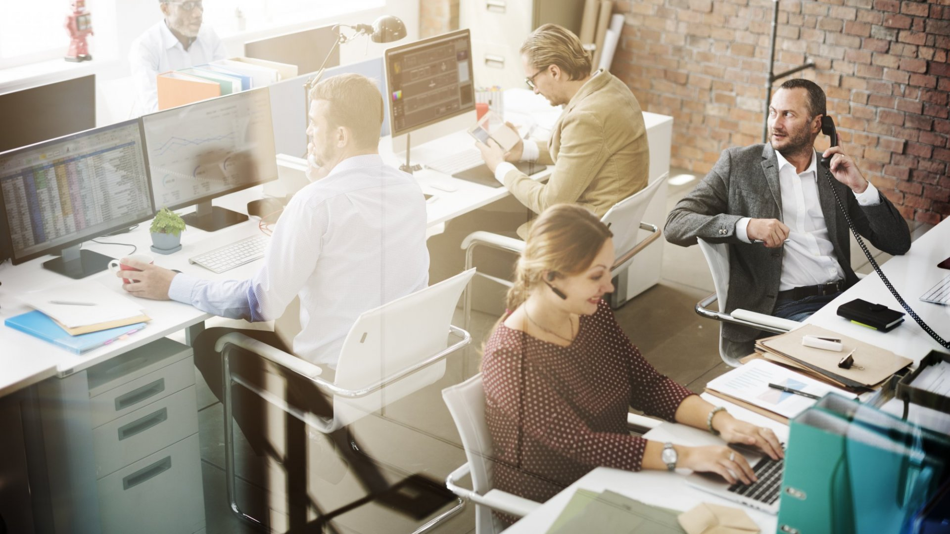 Smart workplaces have the proper technology to improve employee satisfaction