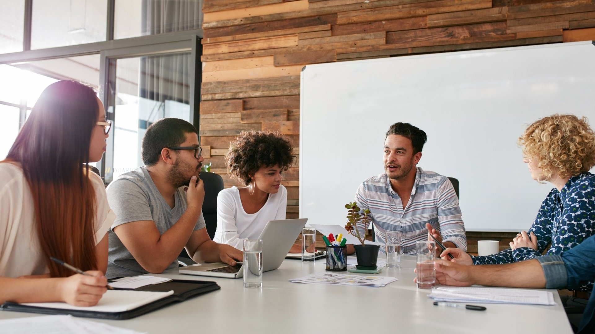 6 Execs Discuss How They Use Company Culture to Increase Employee Engagement
