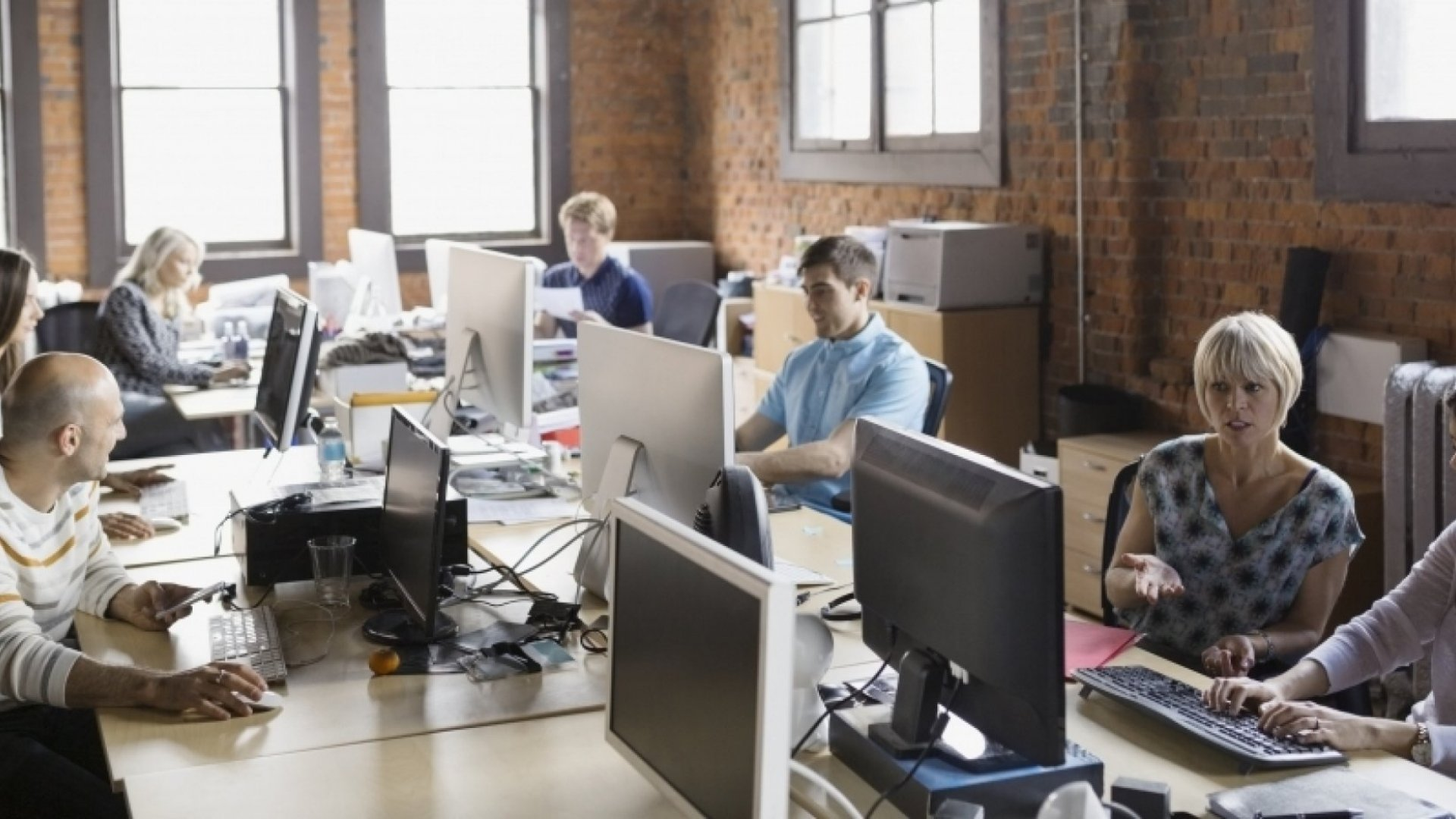 How to Improve Admin Efficiency Through Tech in Your Startup