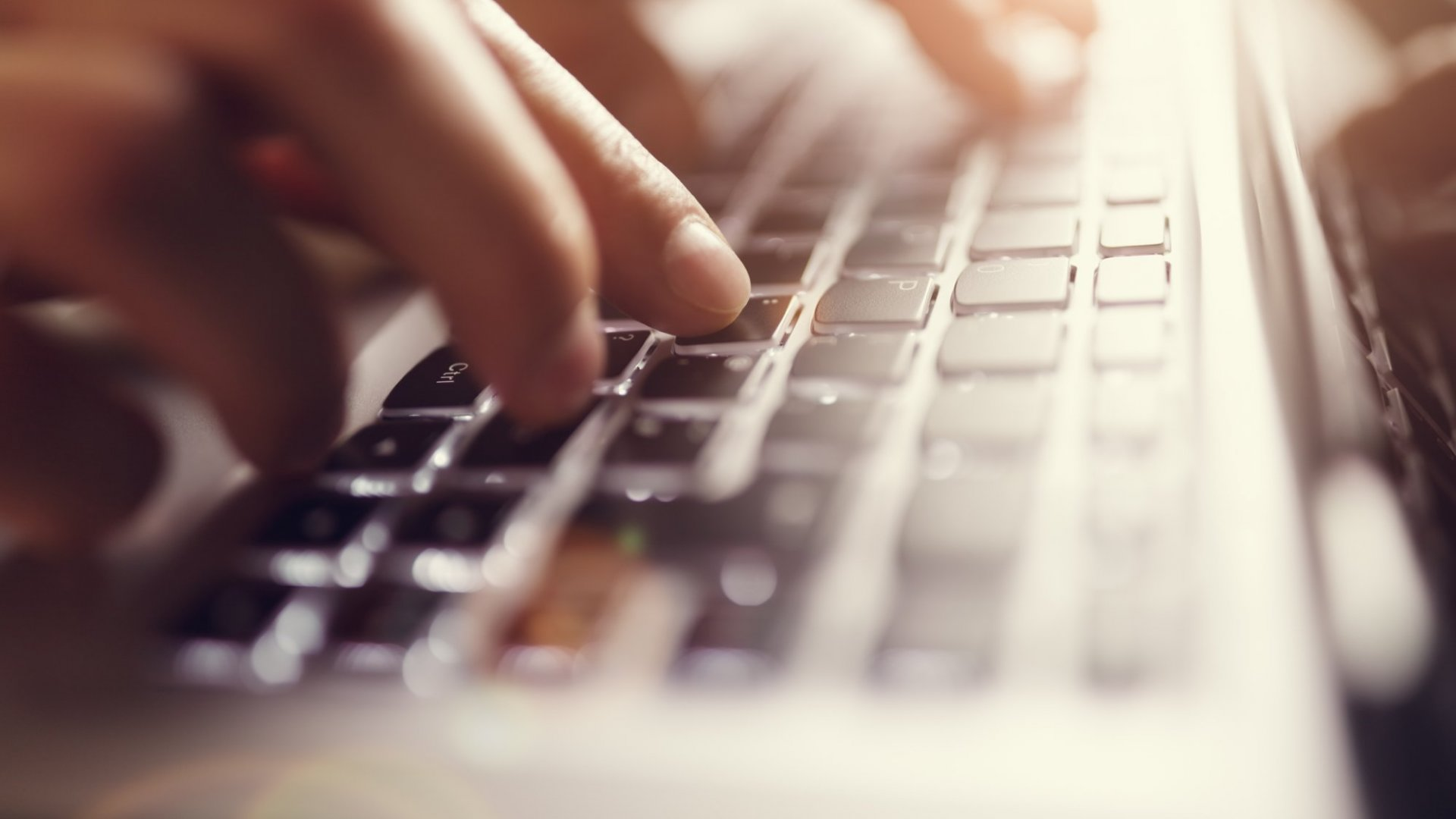 5 Simply Brilliant Ways to Be the Boss of Your Email (Instead of It Being the Boss of You)