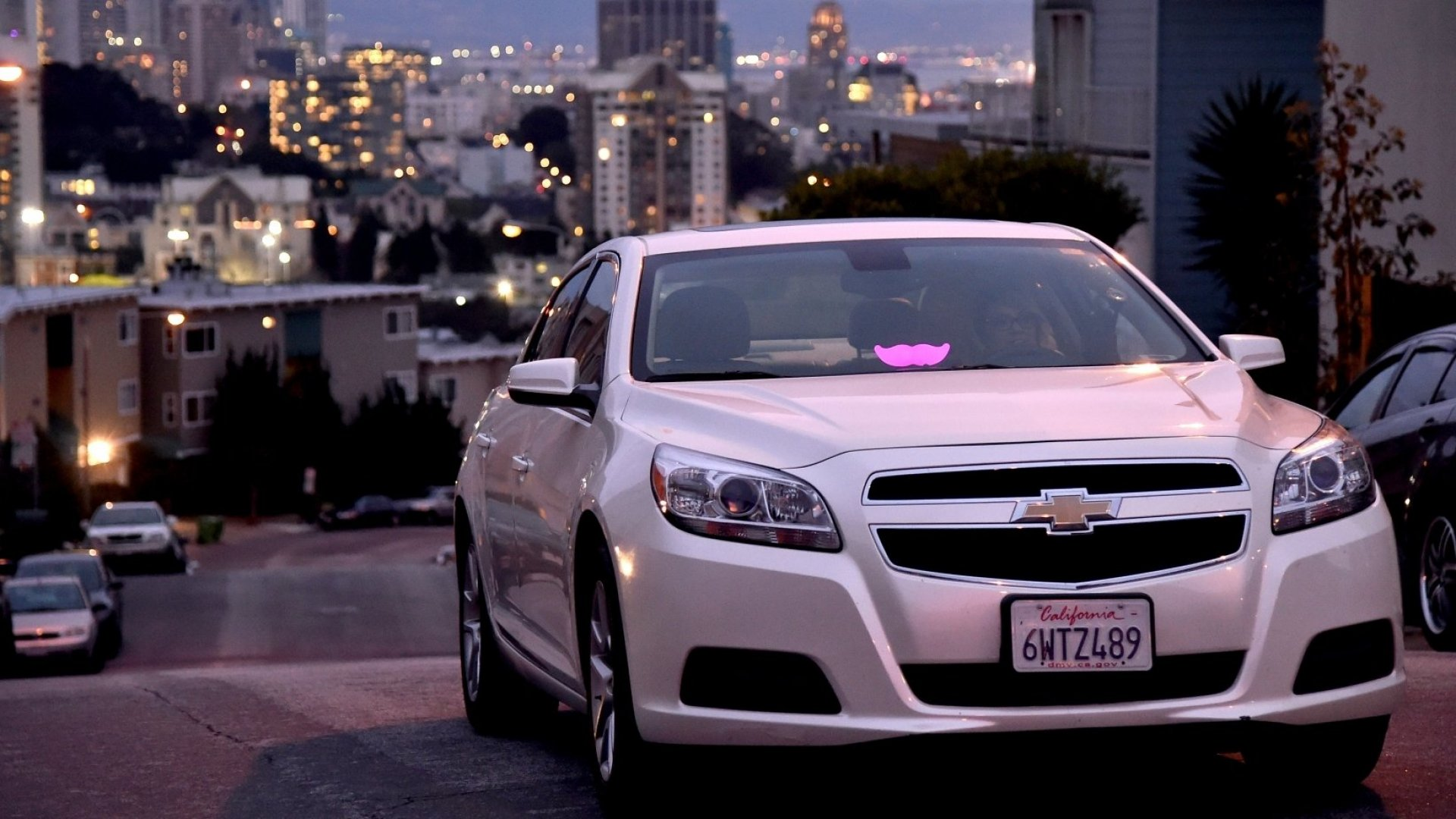 6 Genius Things Lyft Is Doing While Everyone's Hating on Uber