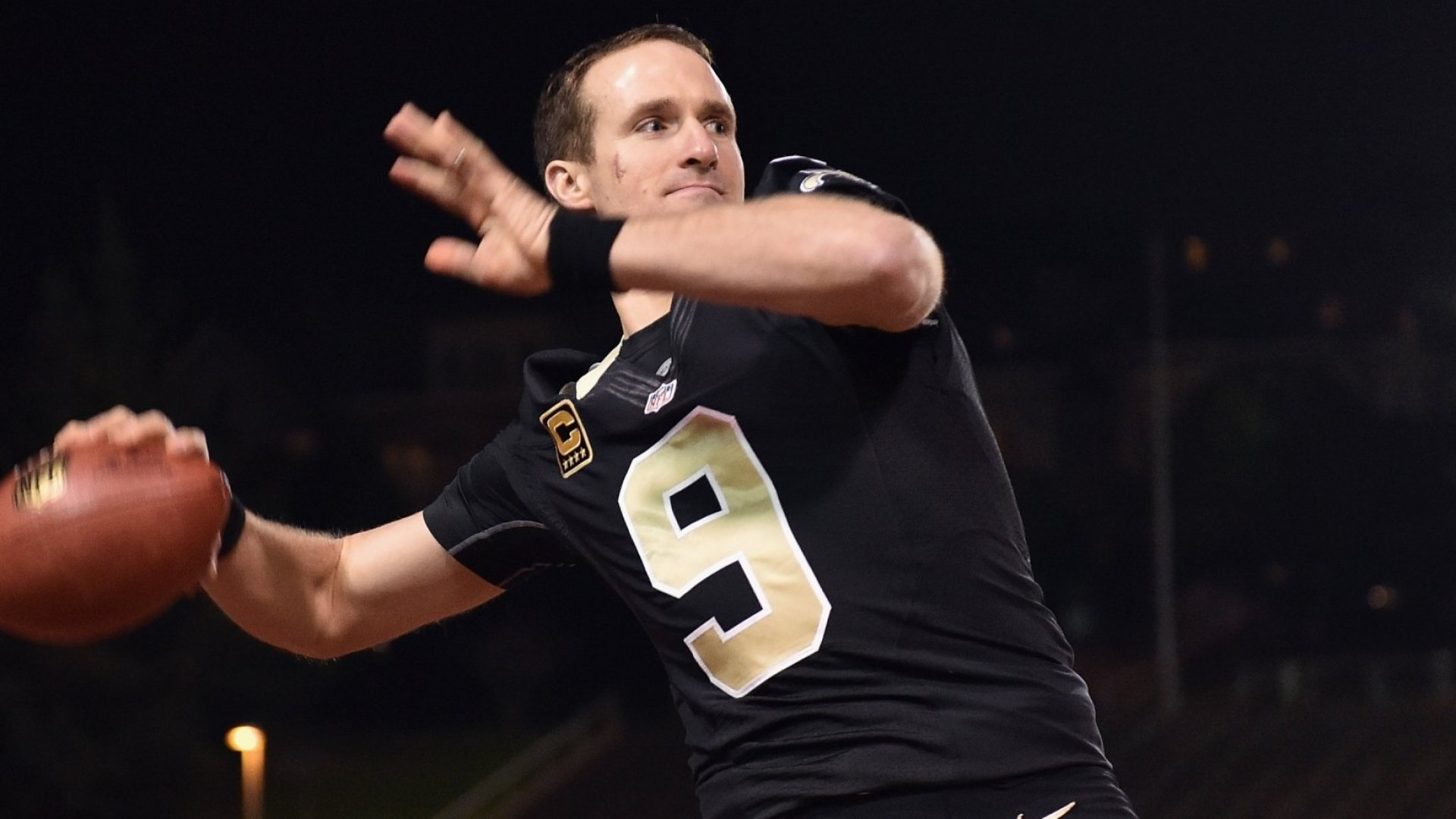Drew Brees Just Broke the NFL Passing Record--and Spoke This Hugely Inspiring Sentence to His Kids