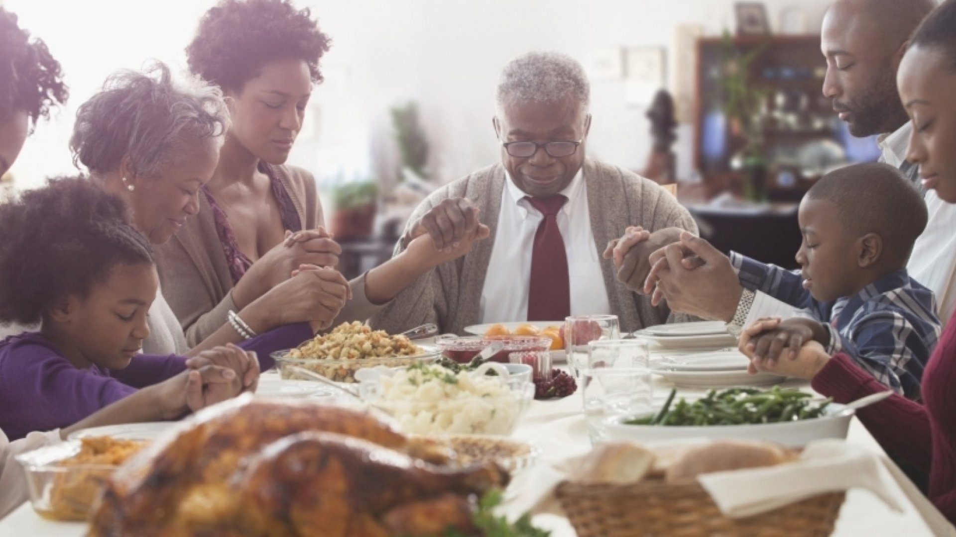 15 Ways to Preserve Your Sanity on Thanksgiving