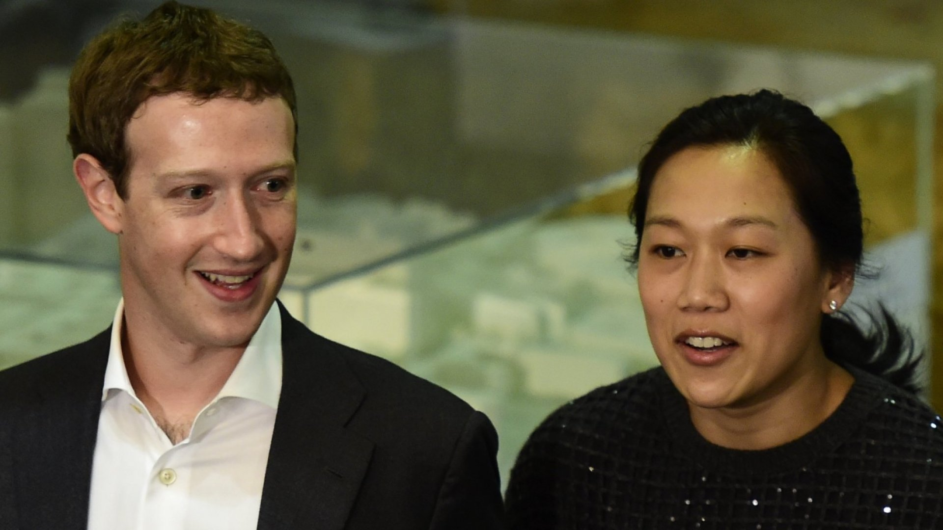 Mark Zuckerberg Adds Former Obama Campaign Manager to His $45 Billion Charity Initiative