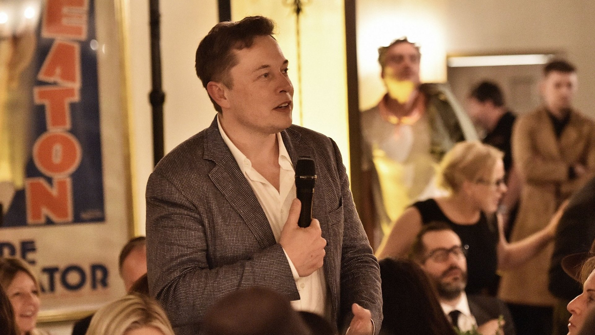 1 Lesson Every Entrepreneur Can Learn From Elon Musk On Customer Experience