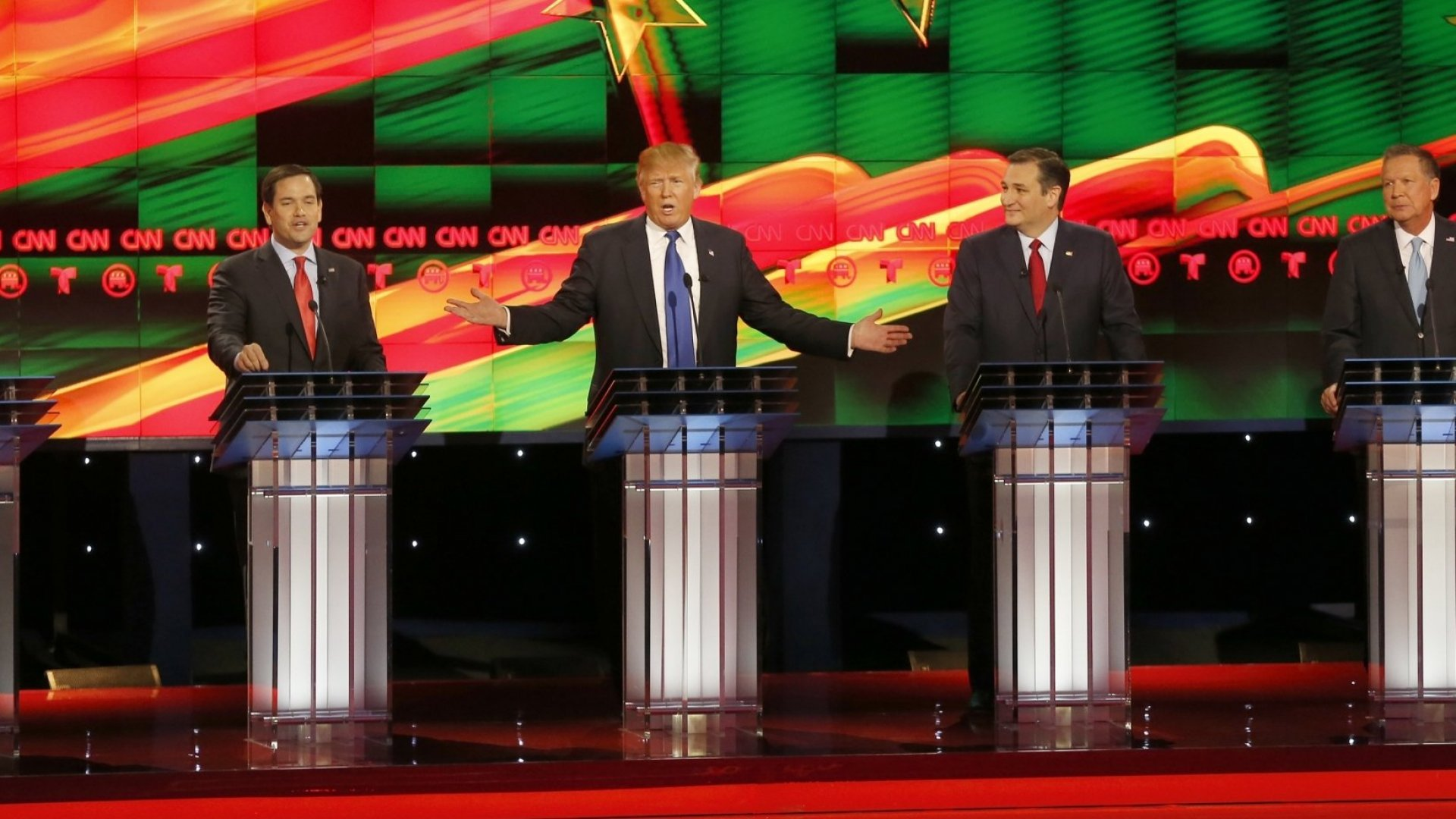 Republican Presidential Candidates Line Up Against Apple