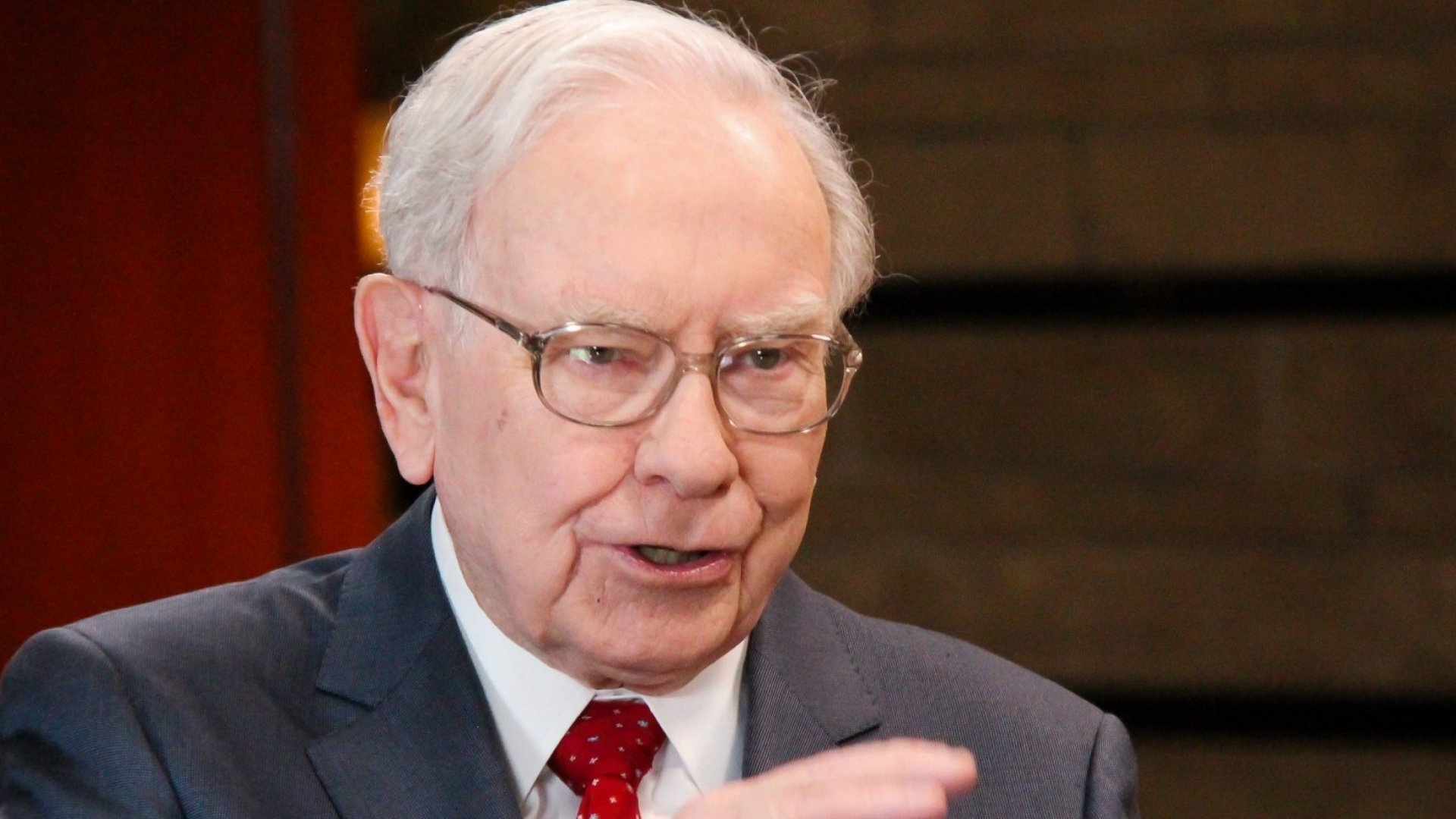 These Are Warren Buffett's Most Surprising 2019 Stock Buys