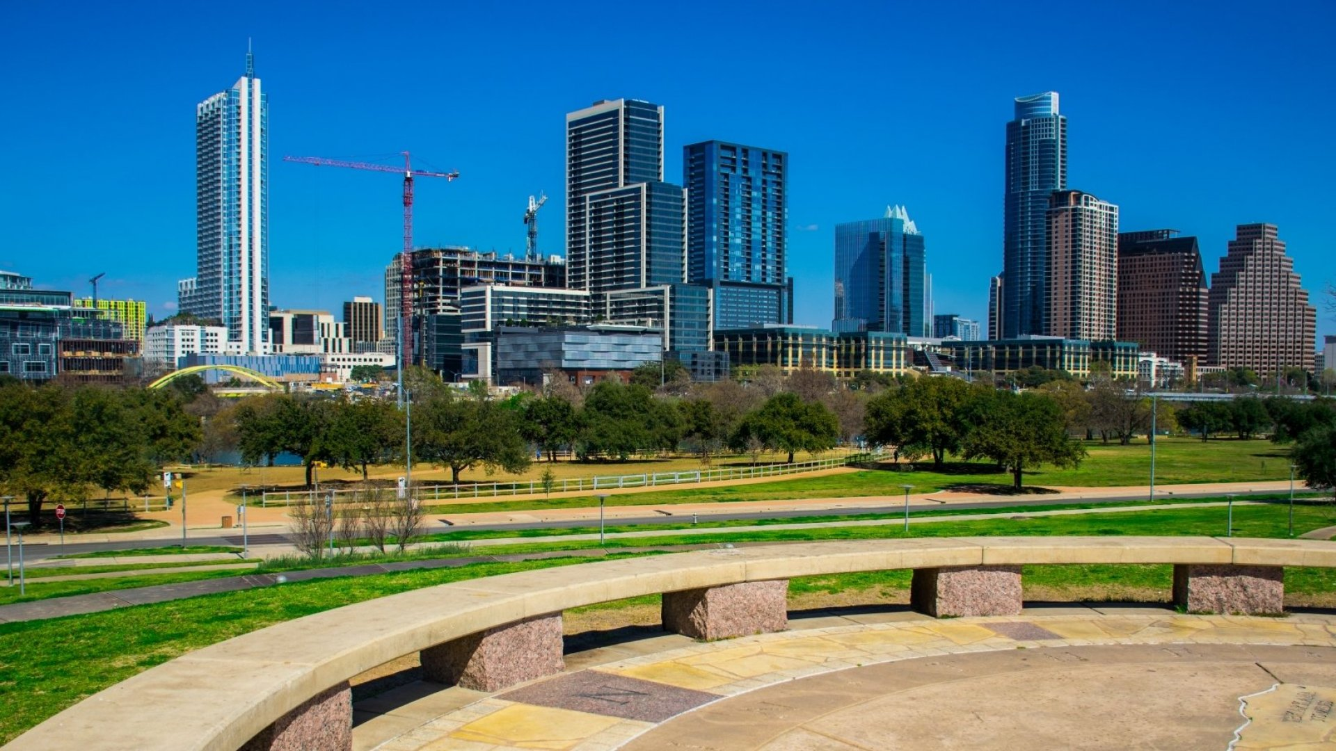 The 2 U.S. Cities Where Hispanic Entrepreneurs Are Thriving the Most