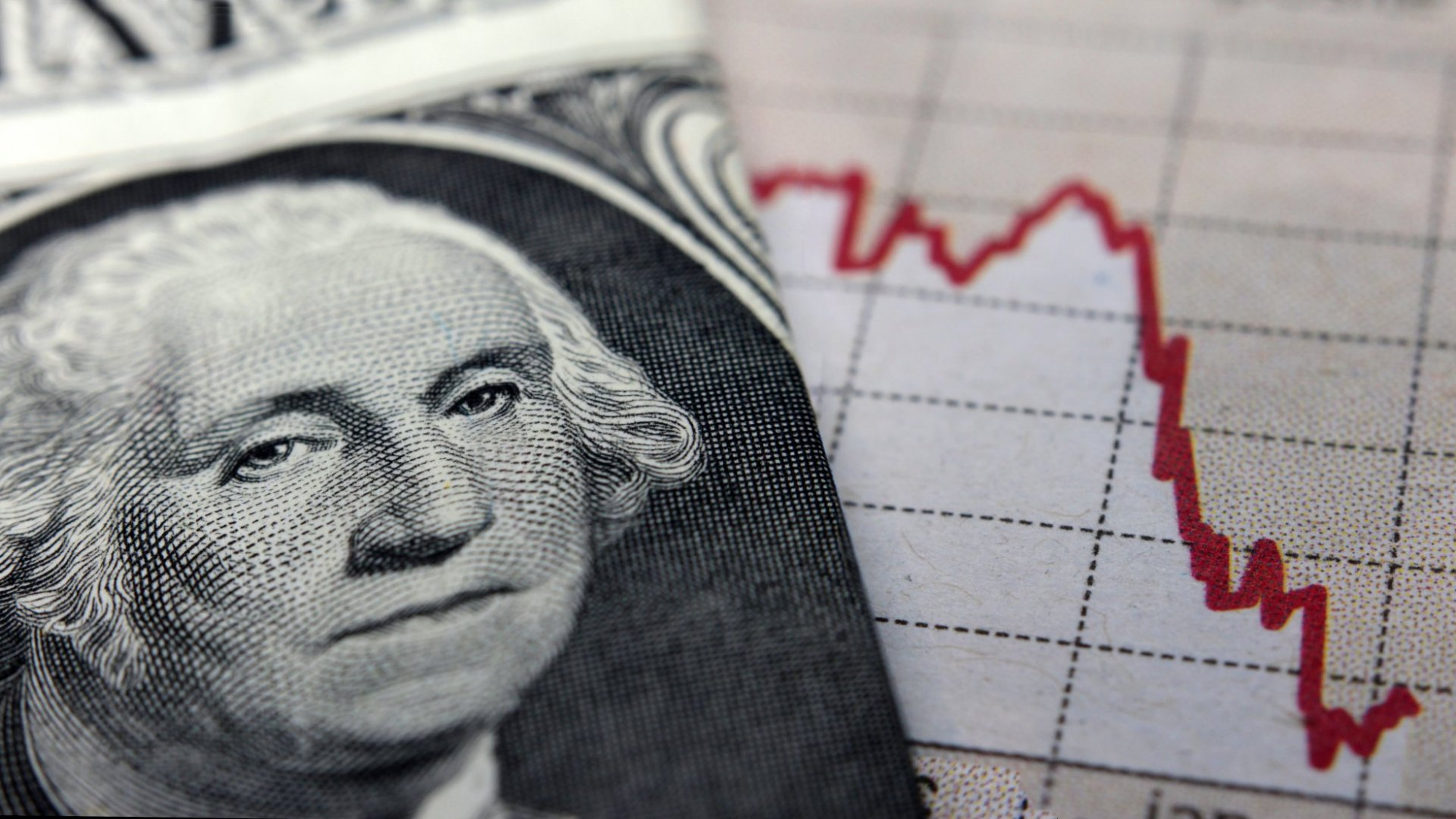 If a Recession is on the Horizon, You Need to be Ahead of the Curve Financially