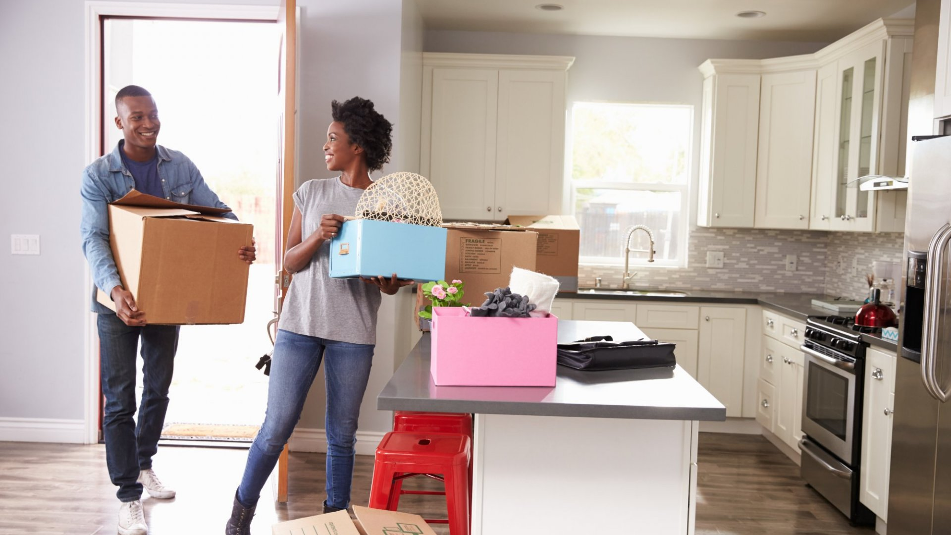 Moving? You Can Take a Tax Deduction -- If You Meet These 3 Requirements