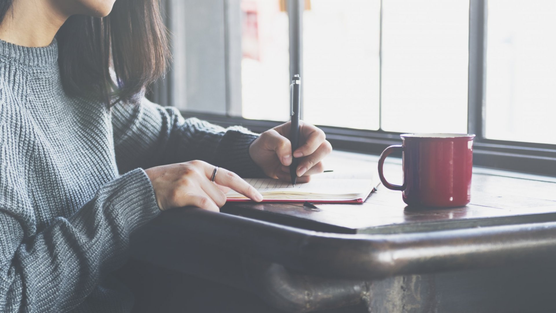 4 Tried-and-True Ways to Find Freelance Writing Clients