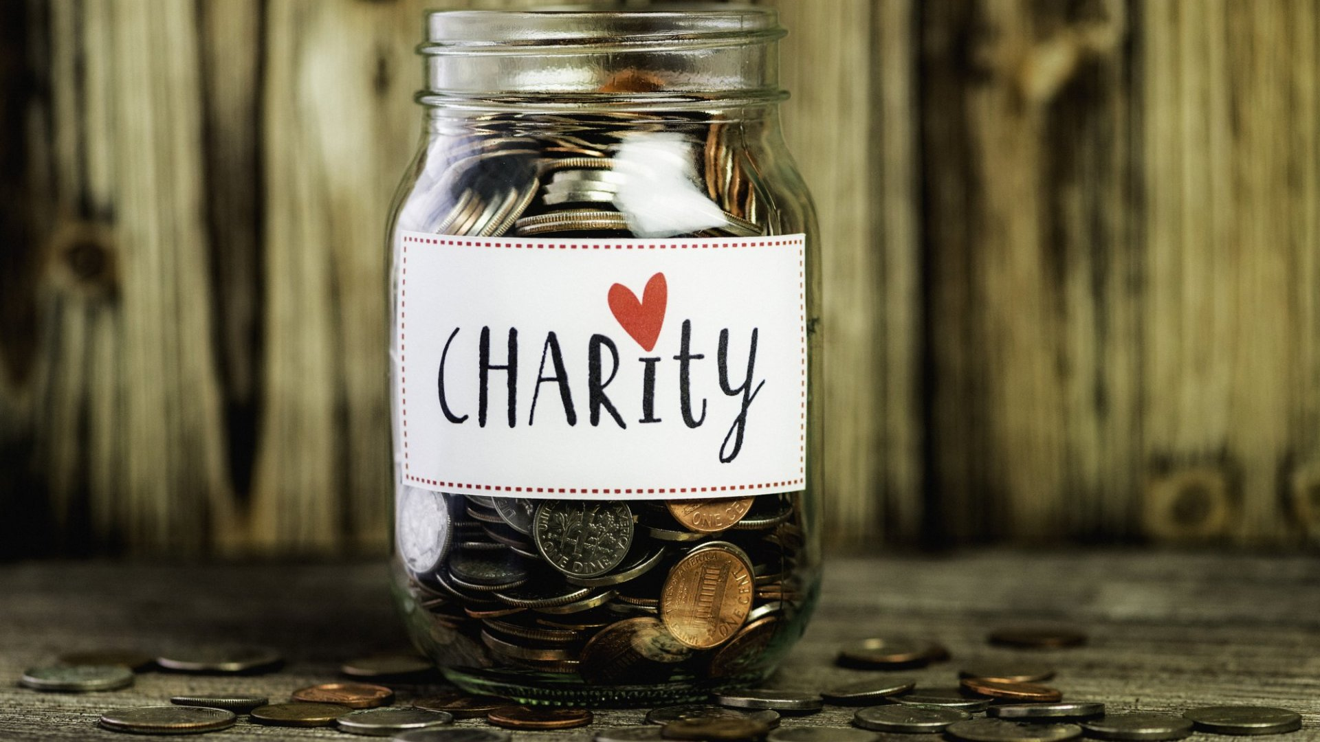 Here's Why $128 Is the Average Online Donation Amount