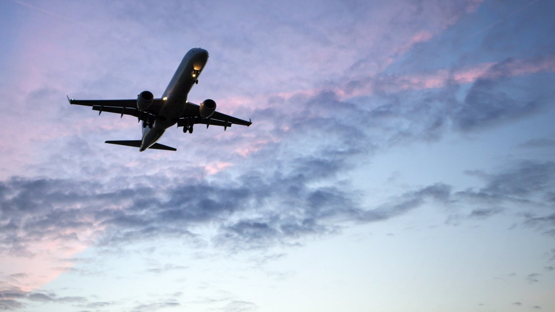 3 Ways to Make the Most of Business Travel and Stay Productive