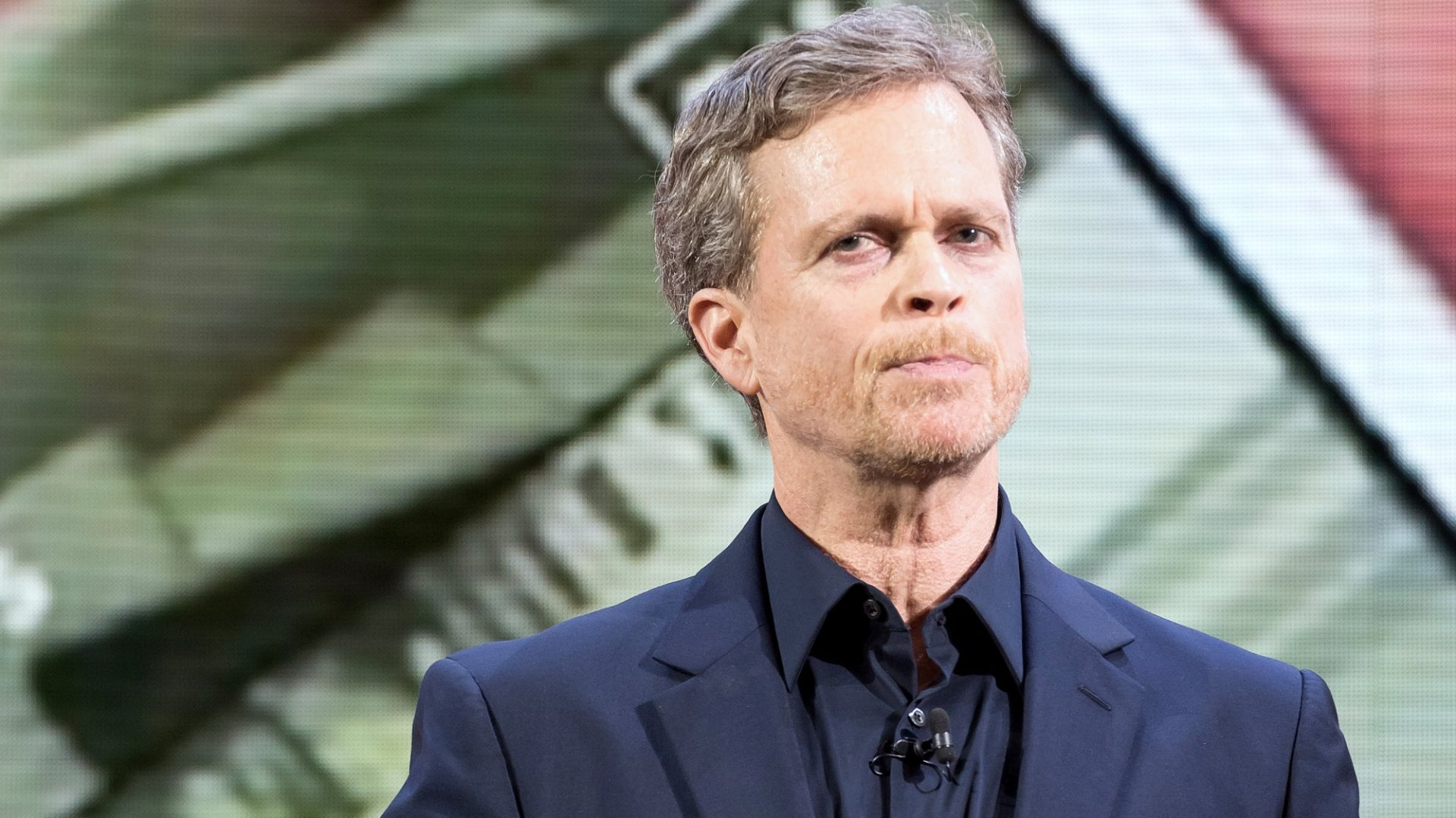 Nike CEO Mark Parker Just Taught 4 Lessons on How to Handle Complaints About Toxic Culture