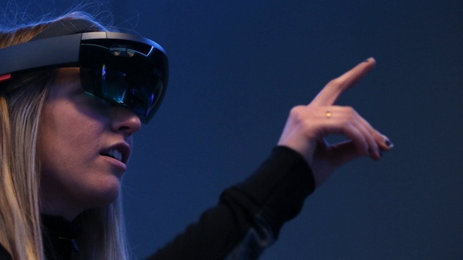3 Ways Virtual Reality and Augmented Reality Will Transform Business