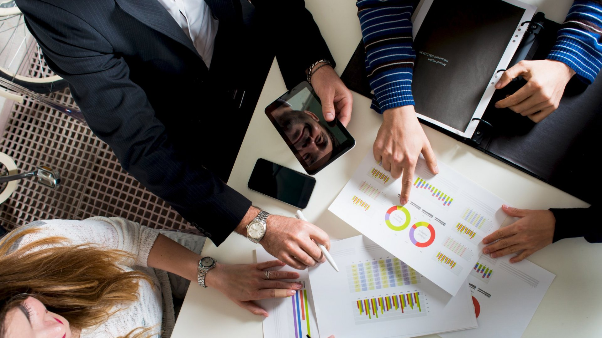 Hiring a Wealth Manager? Ask These 4 Important Questions First