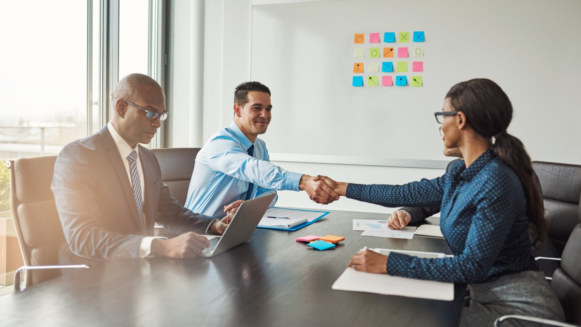 3 Ways to Show Your Value During a Contract Negotiation