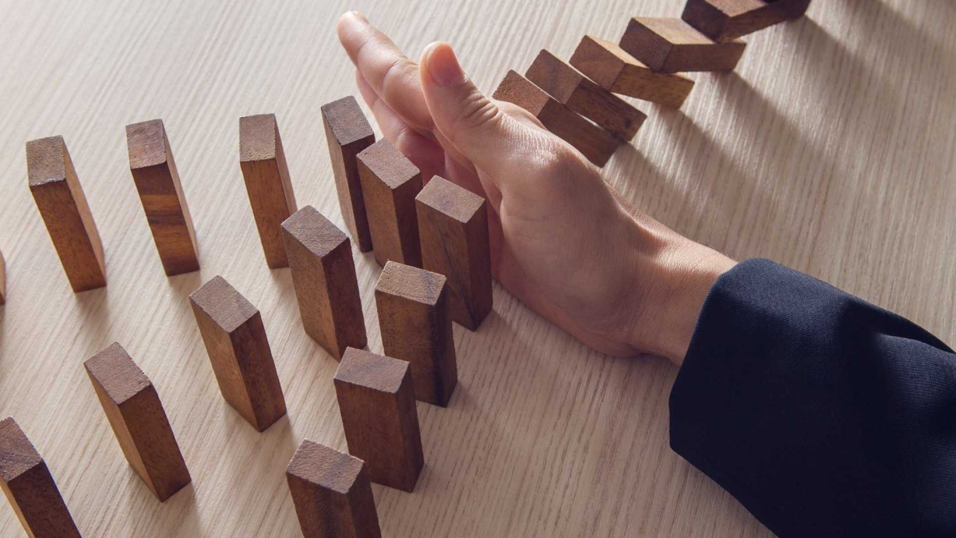 10 Actions All Successful Leaders Avoid to Maximize Efficiency