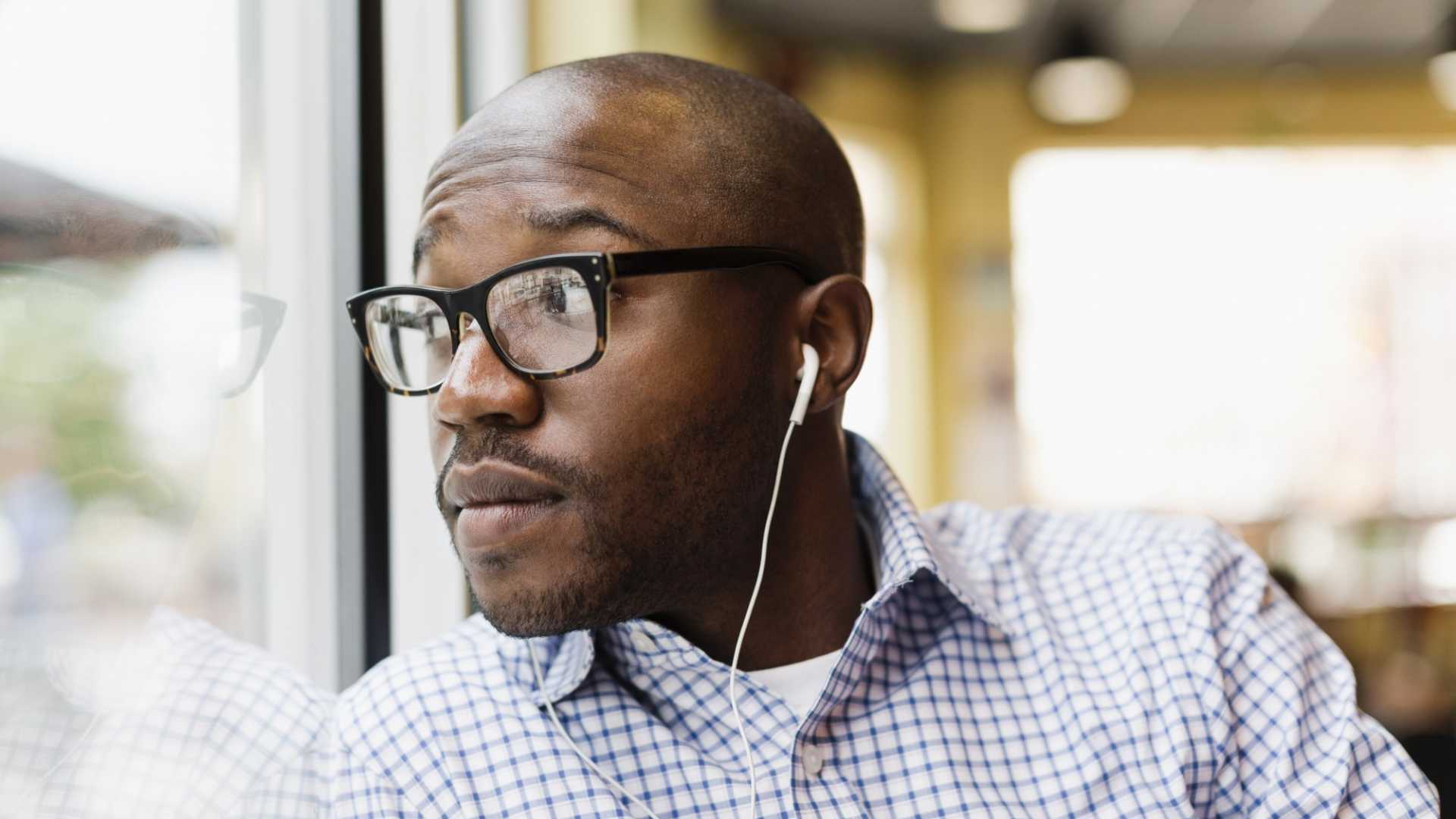 7 Digital Marketing Podcasts That Successful Entrepreneurs Listen To