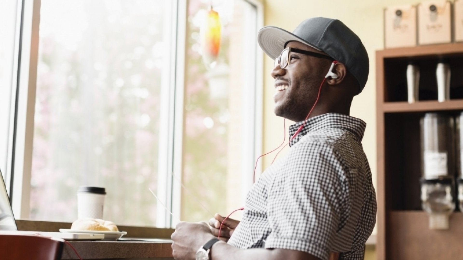 Entrepreneurship Will Make You Happier and Healthier, Research Suggests